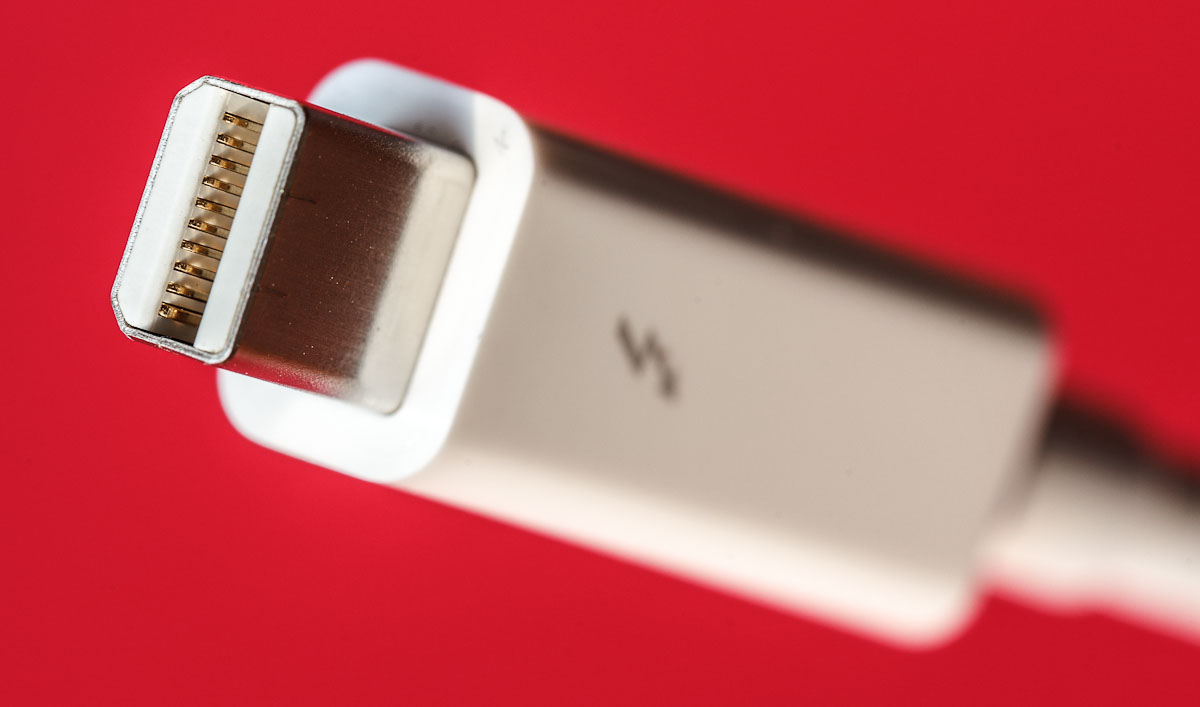 Apple's Thunderbolt cables today are pricey at $50 cables, but Intel expects prices to drop down to the $10 range eventually. Thunderbolt reuses Mini DisplayPort connectors, giving designers a head start with hardware and helping make it possible to plug DisplayPort monitors directly into Thunderbolt.