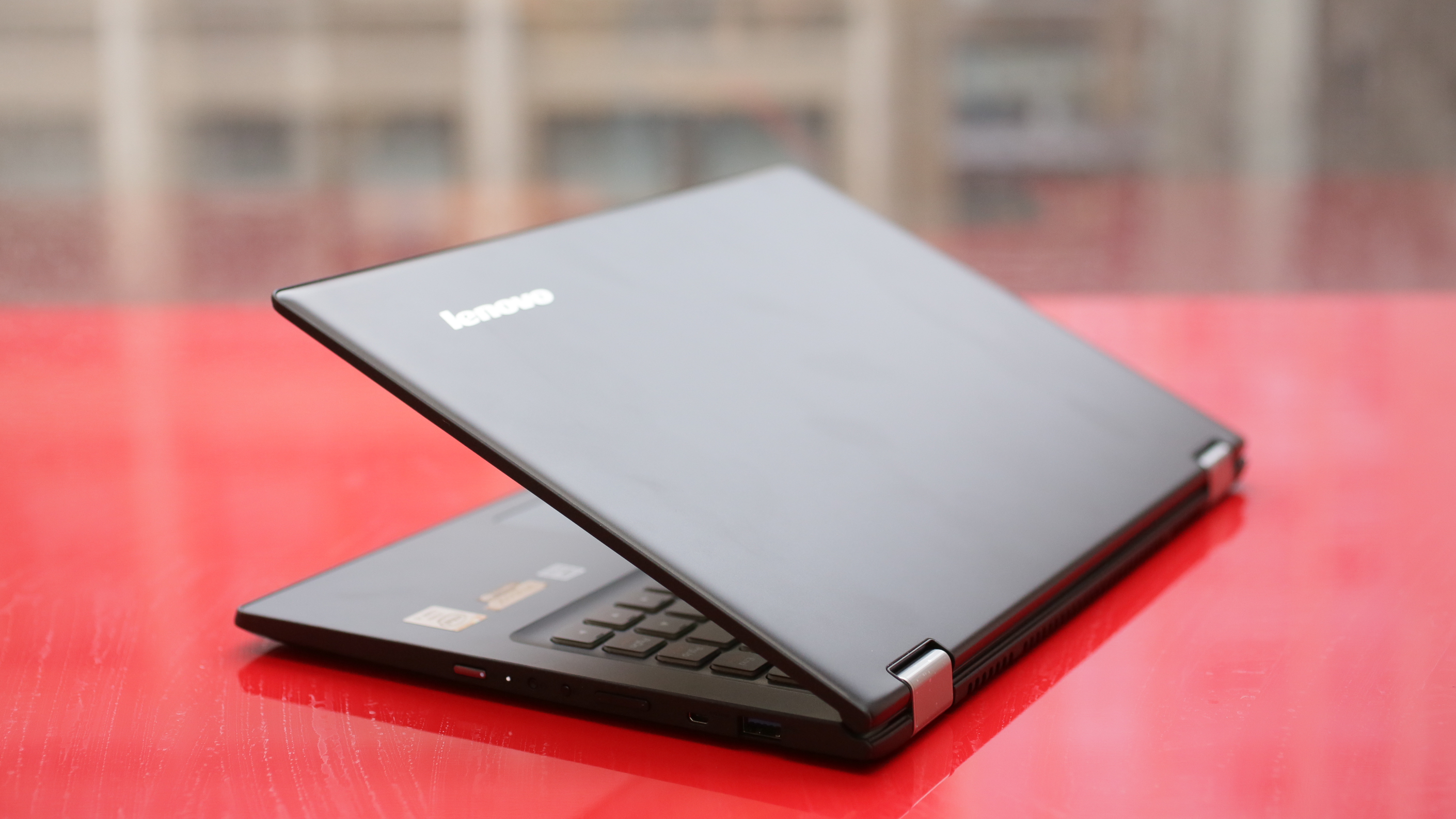 lenovo-yoga-2-13-inch-product-photos08.jpg