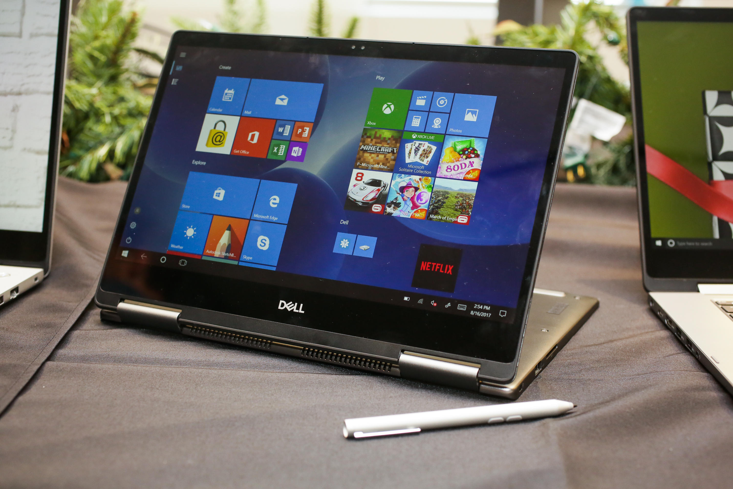 dell-inspiron-7000-2-in-1-13-and-15-inches-2017-01