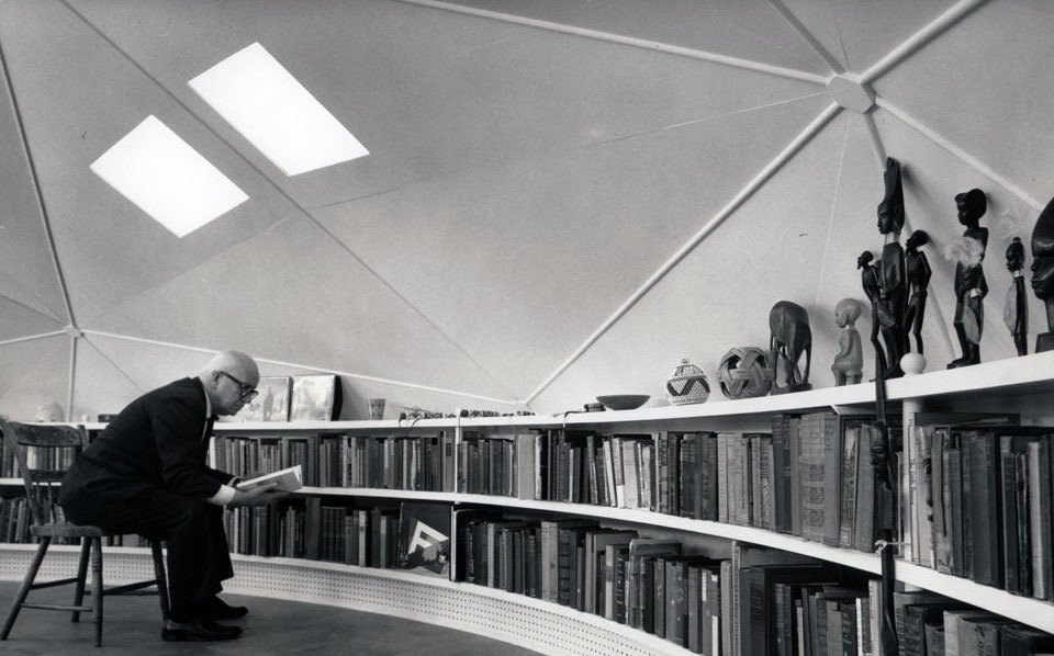 Bucky Fuller at home in the dome