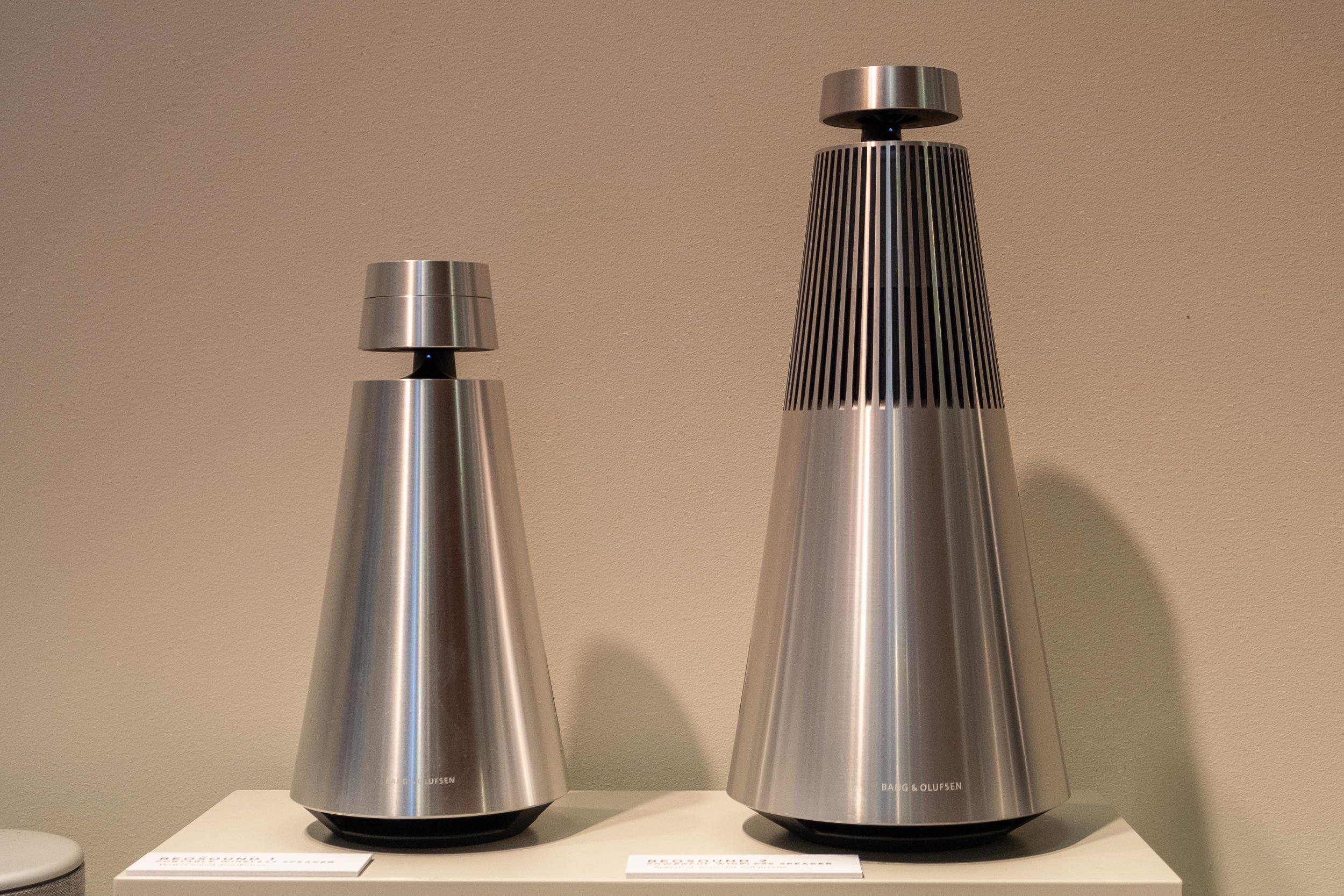 bang-and-olufsen-beosound-1-1-google-assistant-10