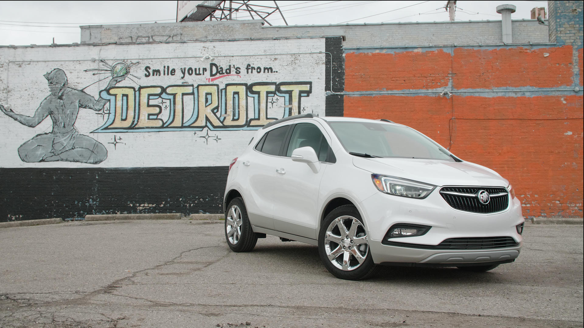 Video: 2018 Buick Encore Premium is a slightly plusher subcompact crossover SUV