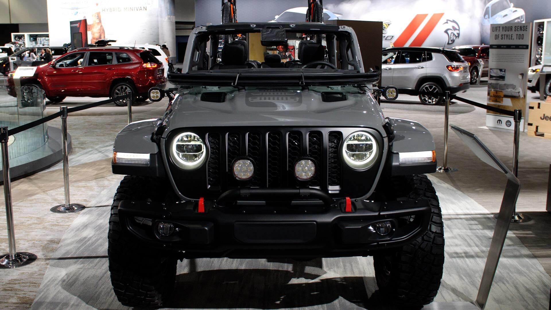 Video: Take your Jeep Gladiator to the next level with Mopar acccessories