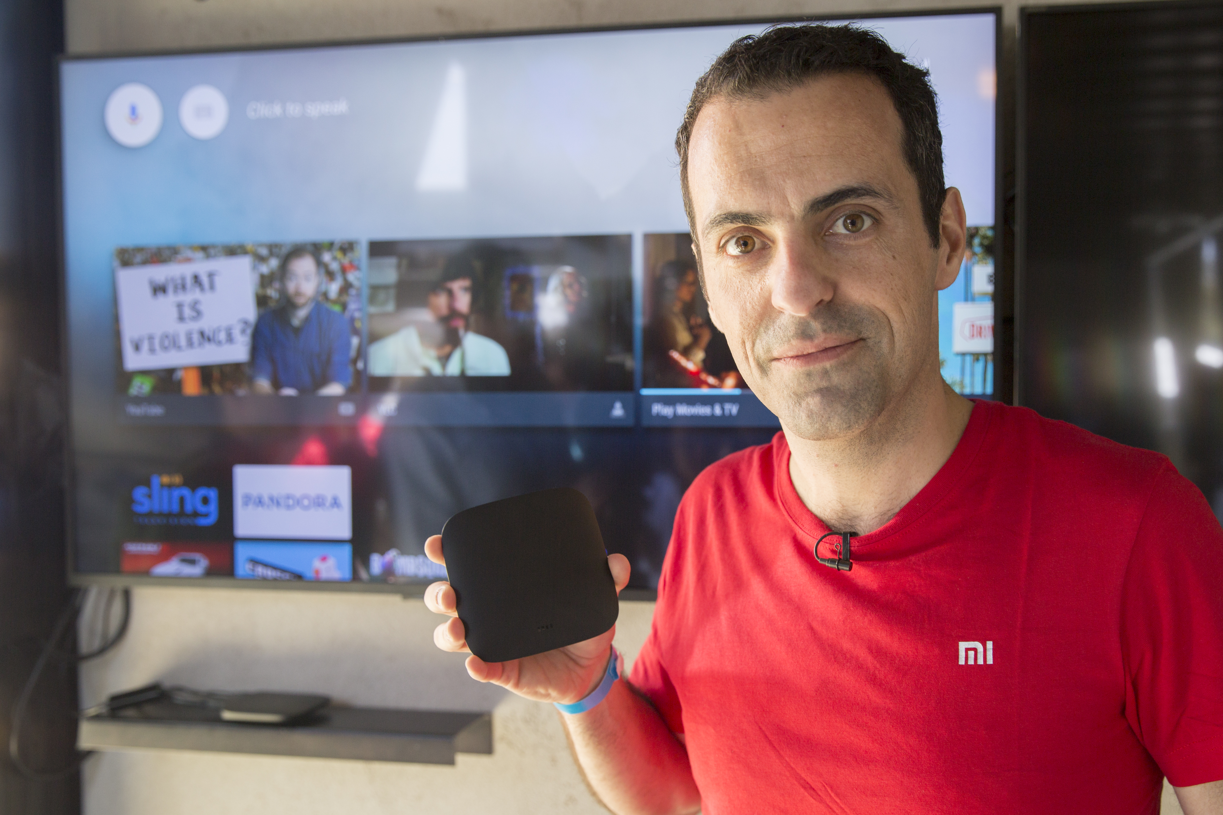 google-io-2016-hugo-barra-xiaomi-mi-set-top-android-tv-box-8854.jpg