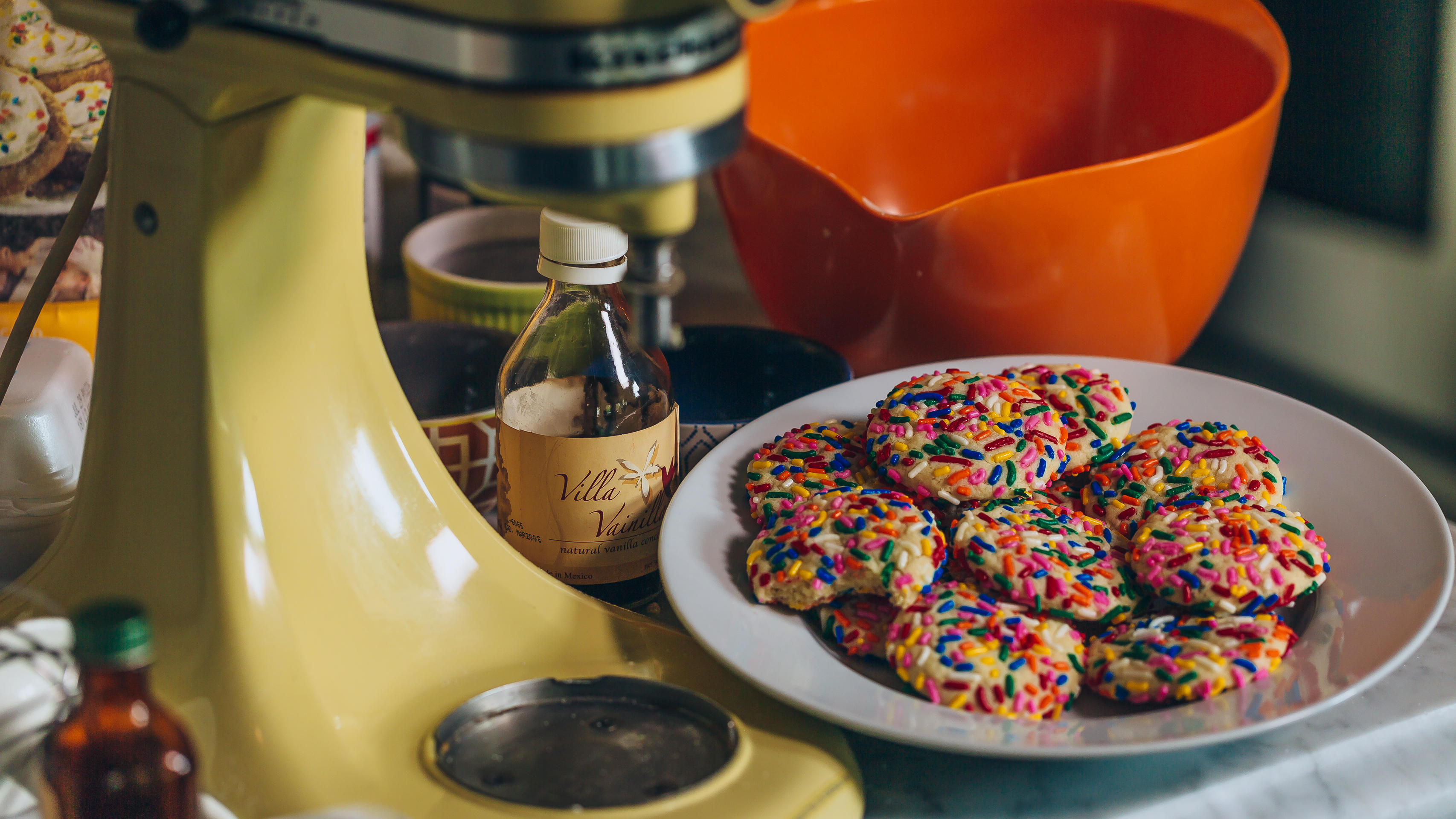 Video: The KitchenAid stand mixer makes its mark on home baking