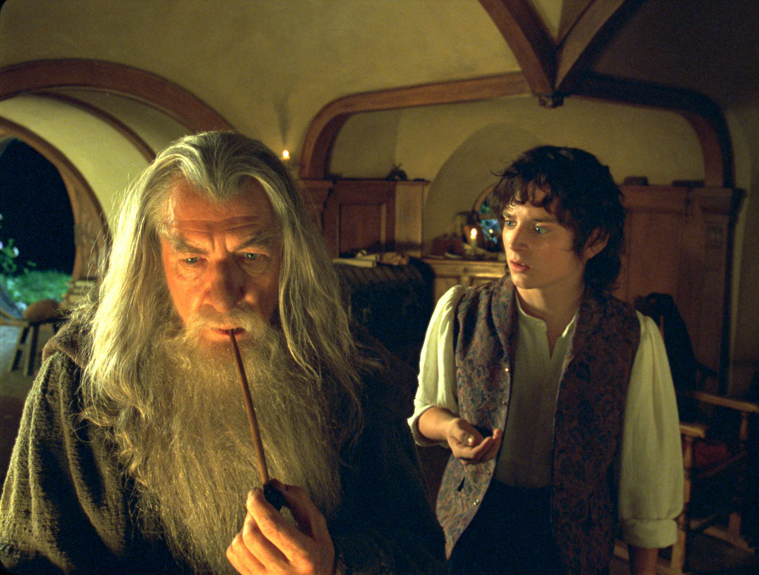 """New Line Cinema's """"Lord Of The Rings"""" Gets 13 Oscar Nominations"""