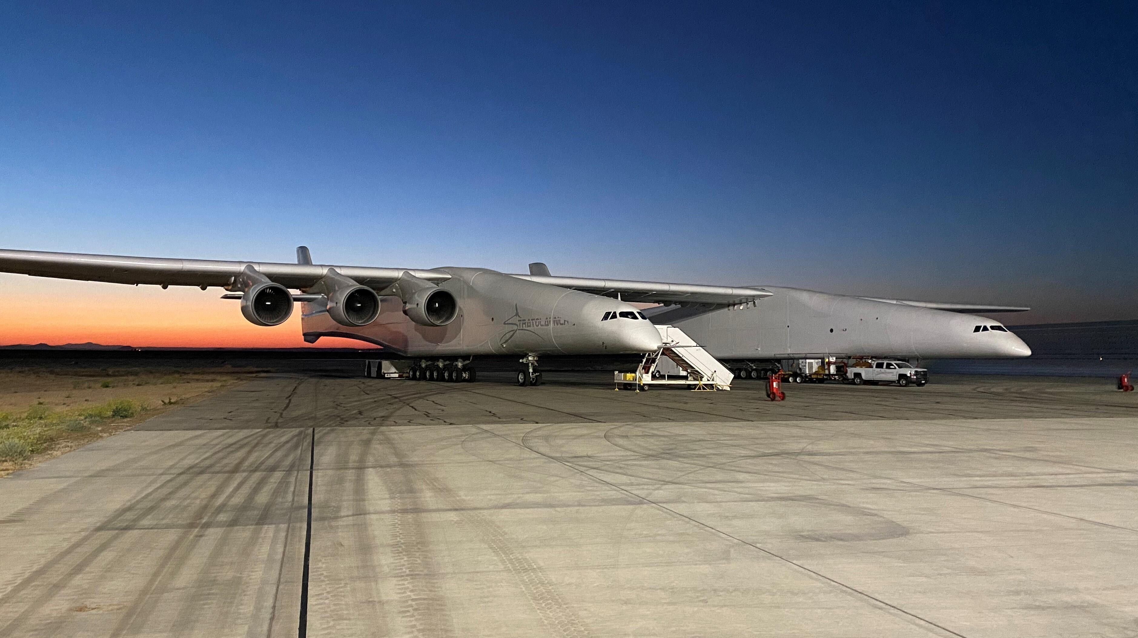 Stratolaunch finally takes flight a second time