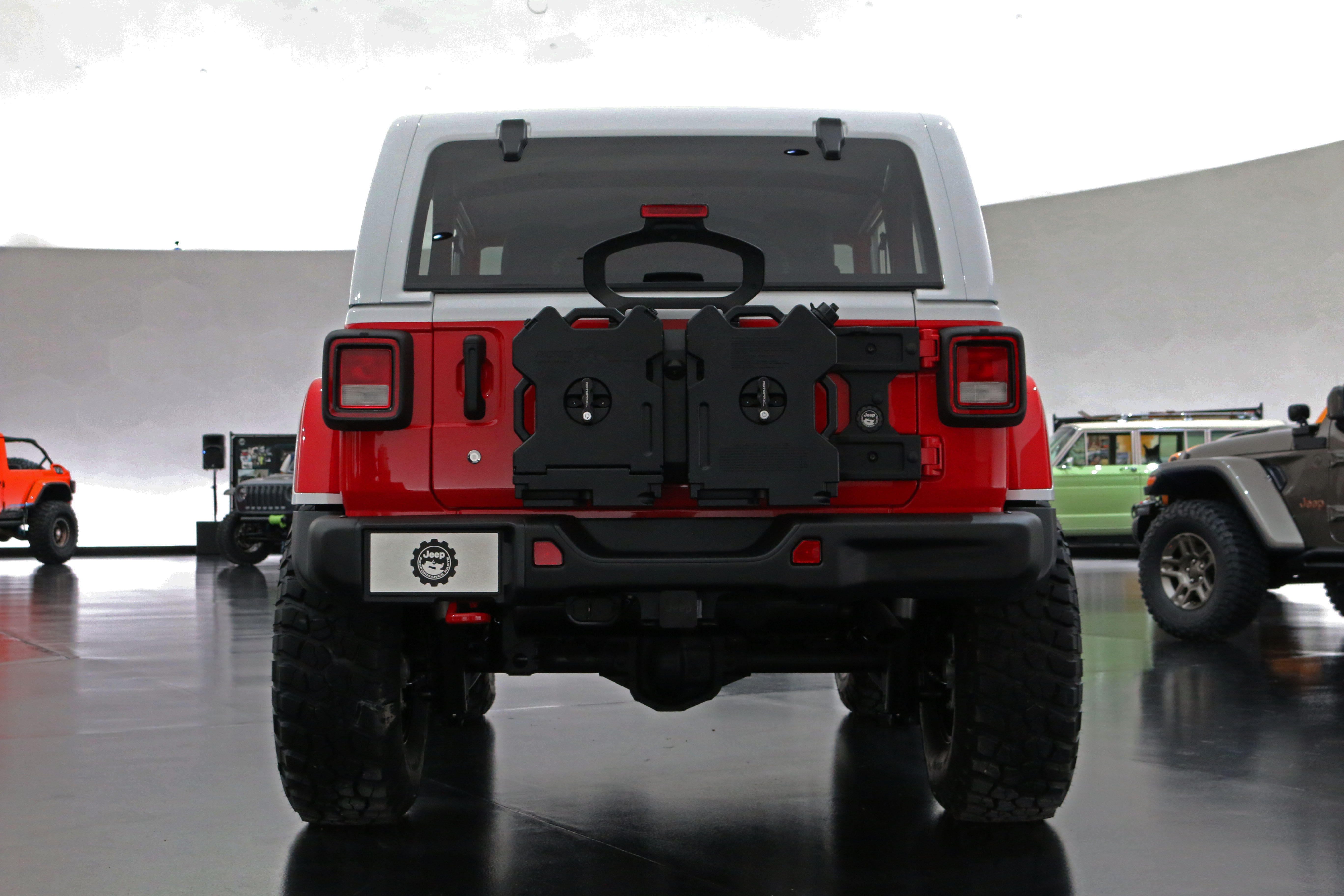 jeep-jeepster-concept-41