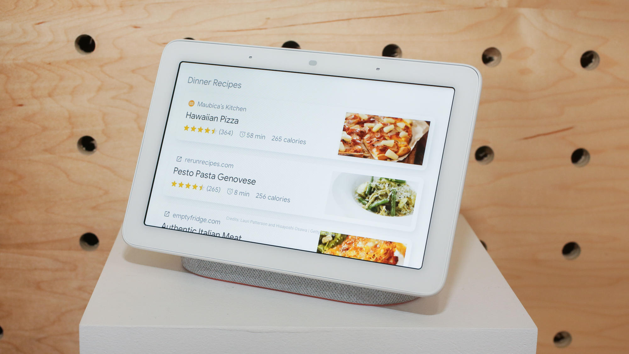 Google Home Hub showing recipe options