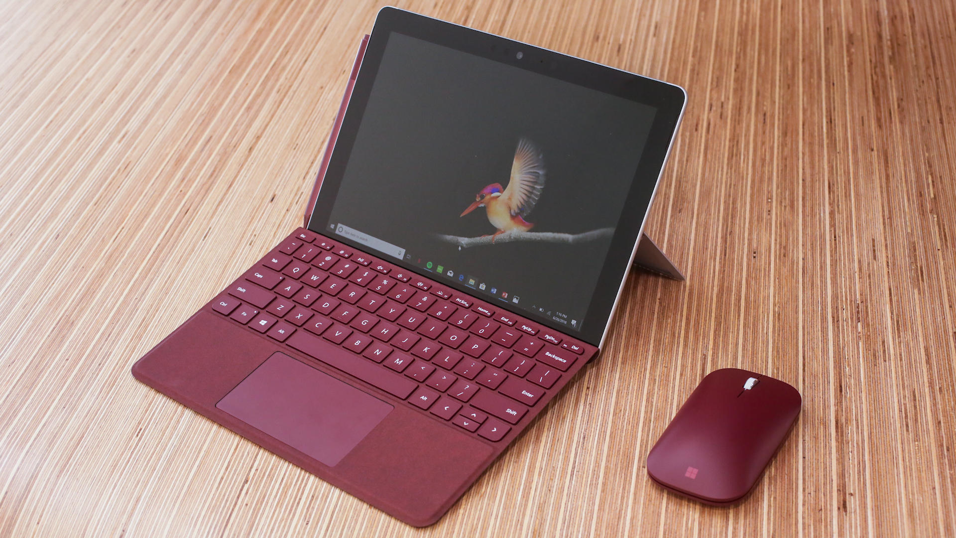Video: The Surface Go shrinks Microsoft's iconic tablet