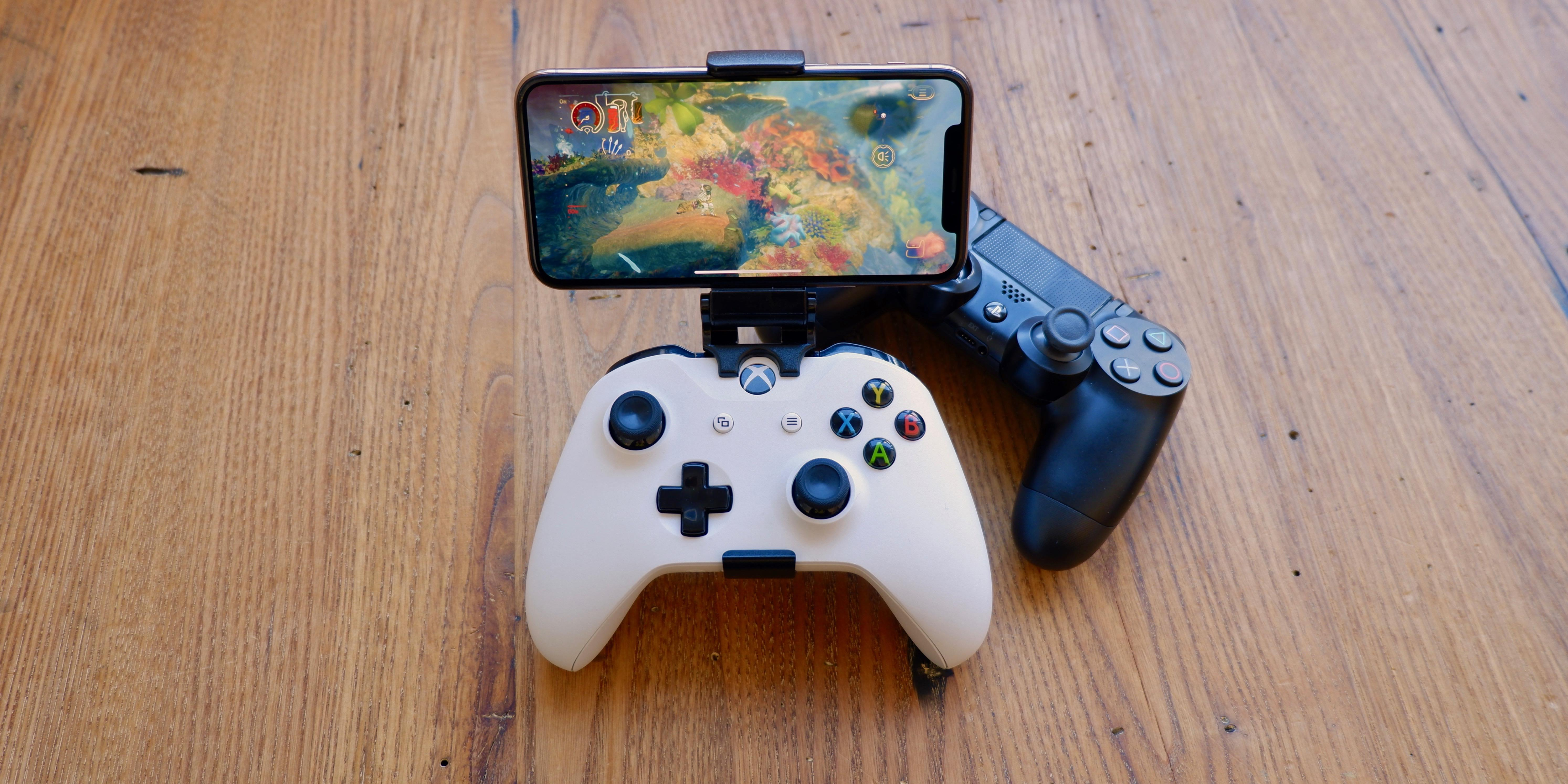 Here S How To Connect Your Ps4 Or Xbox Controller To Your Iphone Cnet