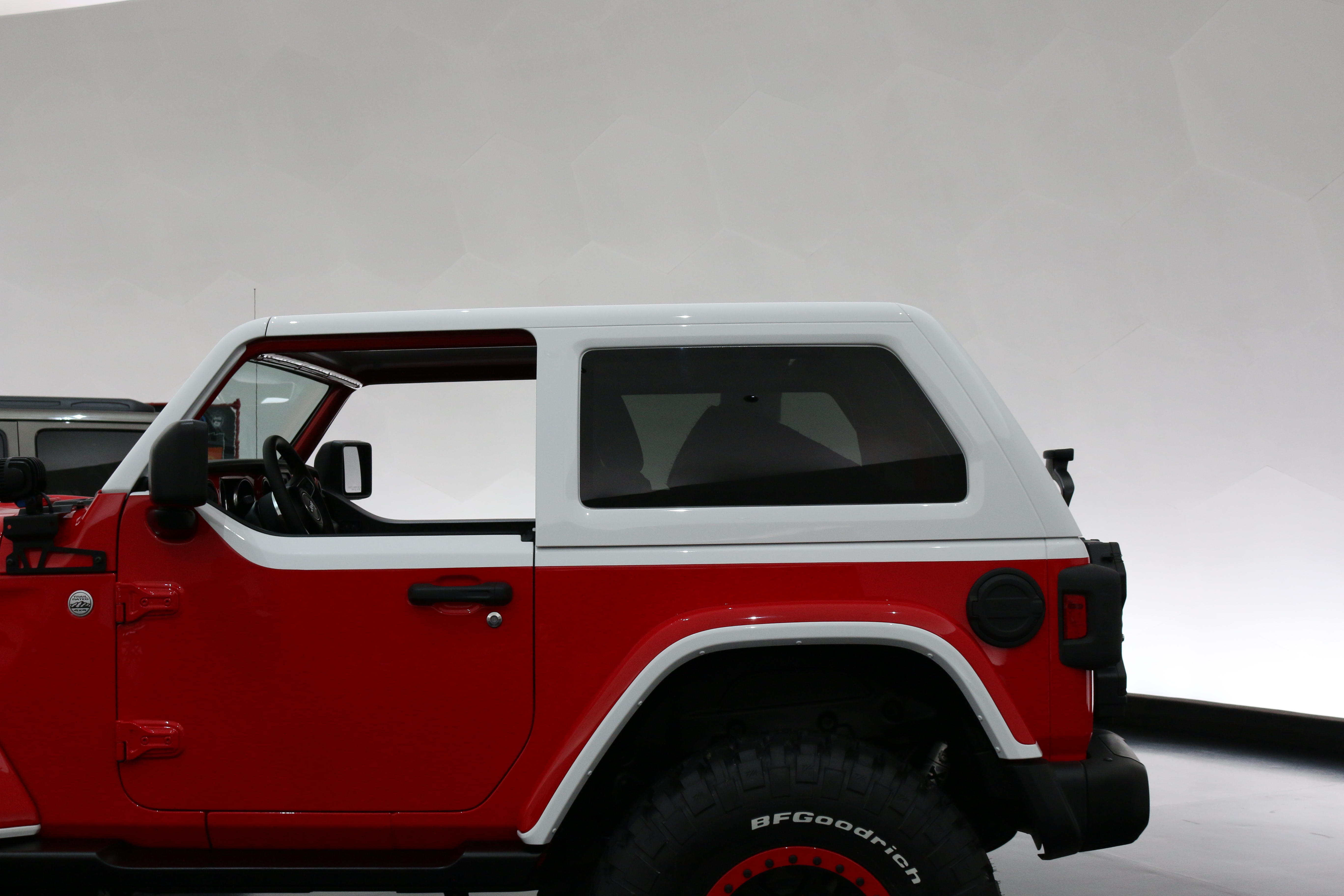 jeep-jeepster-concept-37