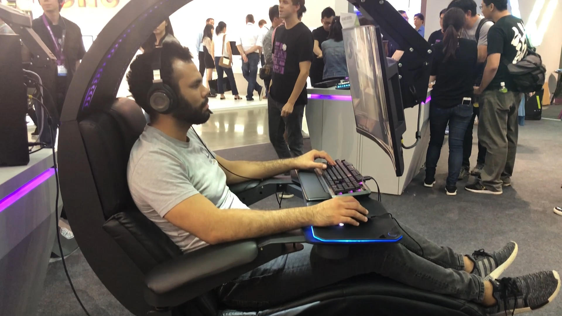 Video: Cooler Master's yet unnamed game pod is perfect for the lazy gamer