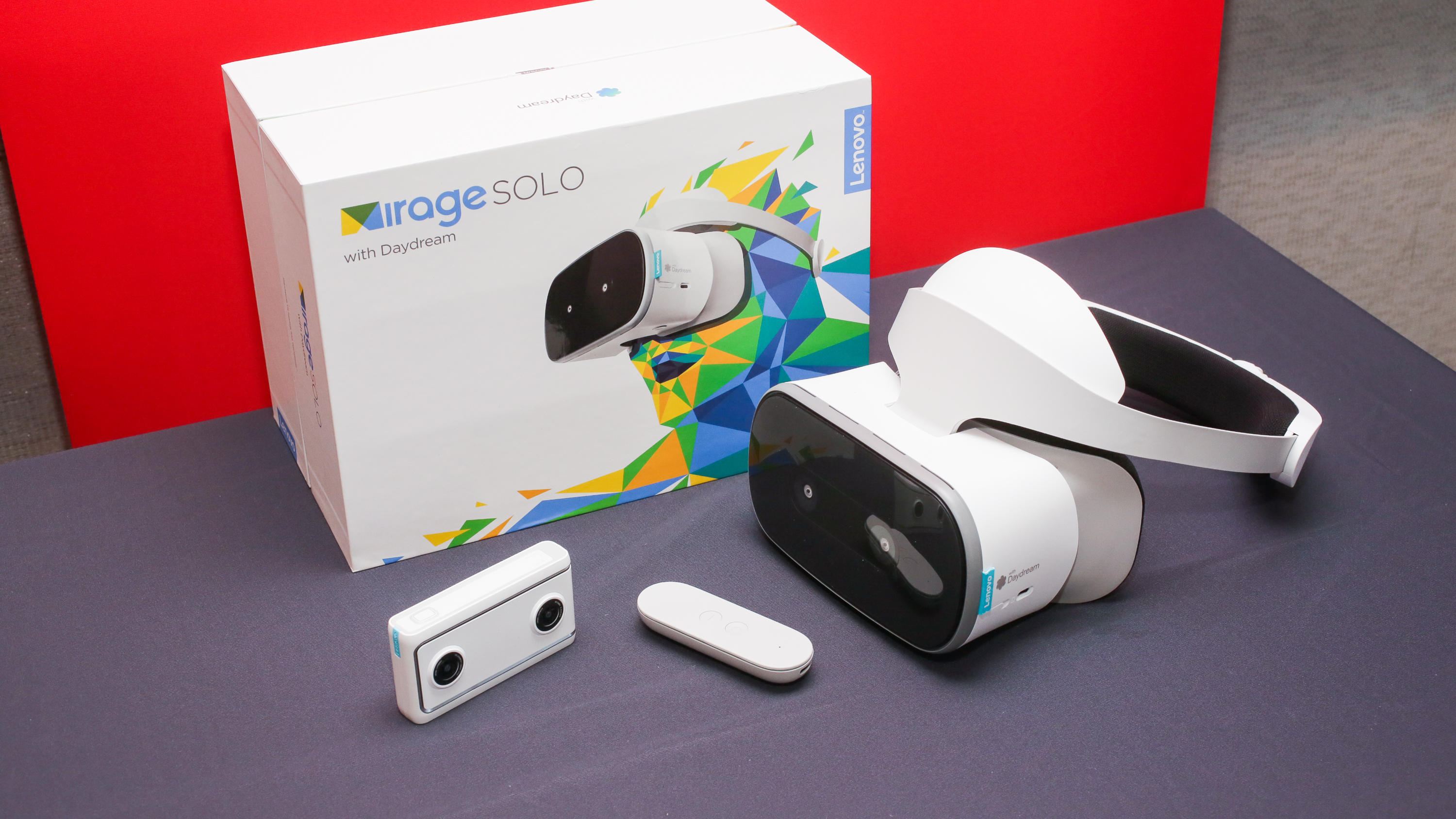 07-lenovo-mirage-solo-with-daydream