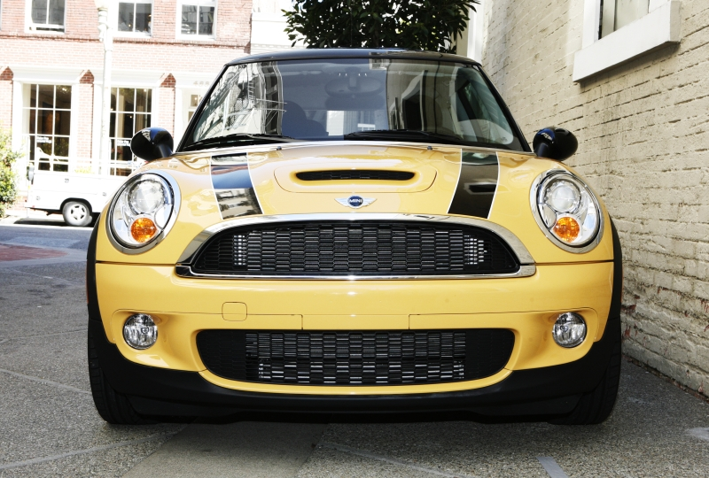 The 2007 Mini Cooper S makes it to the top 10 prettiest cars.