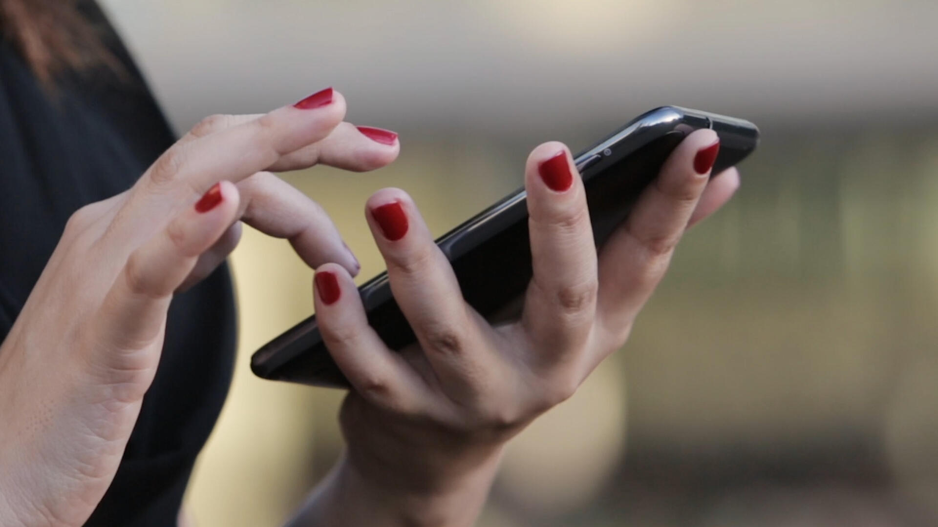 Video: Your phone might be a powerful tool to help stop the coronavirus