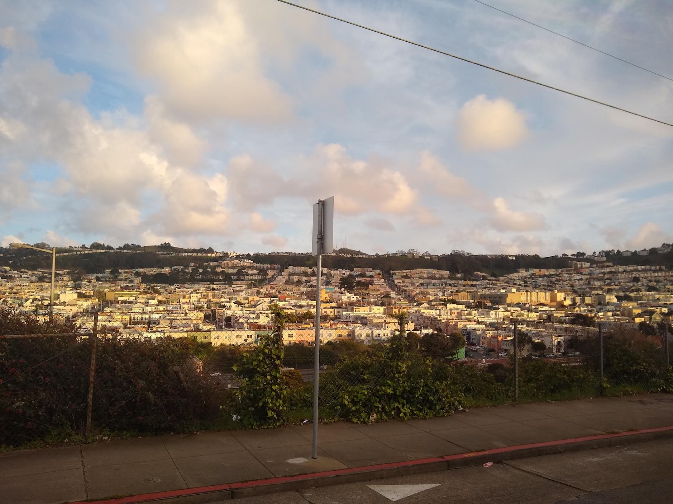 small-good-photo-sf-houses-on-a-hill