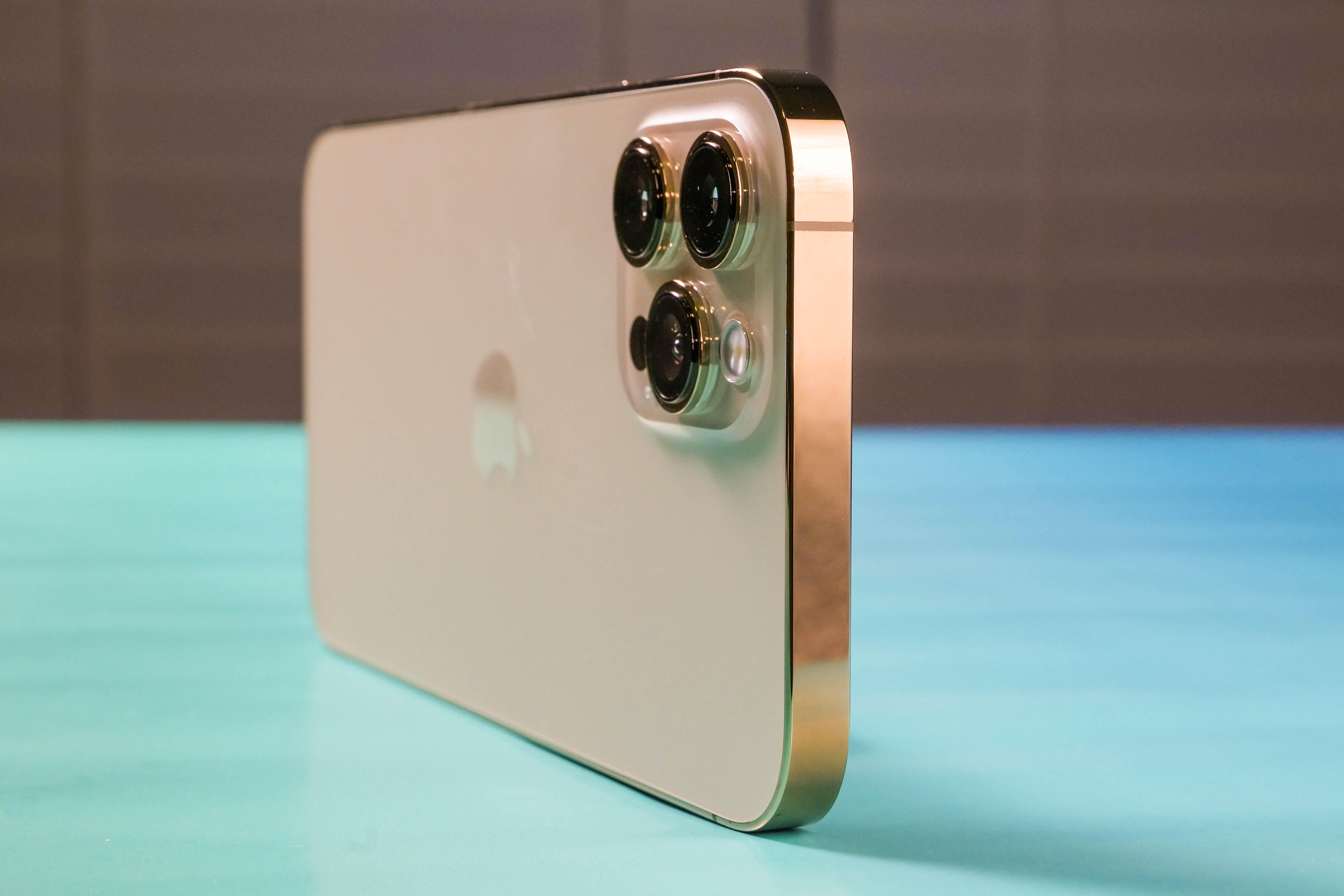 iPhone 12 might be good enough. How to know if you really need the Pro or Pro Max model - CNET