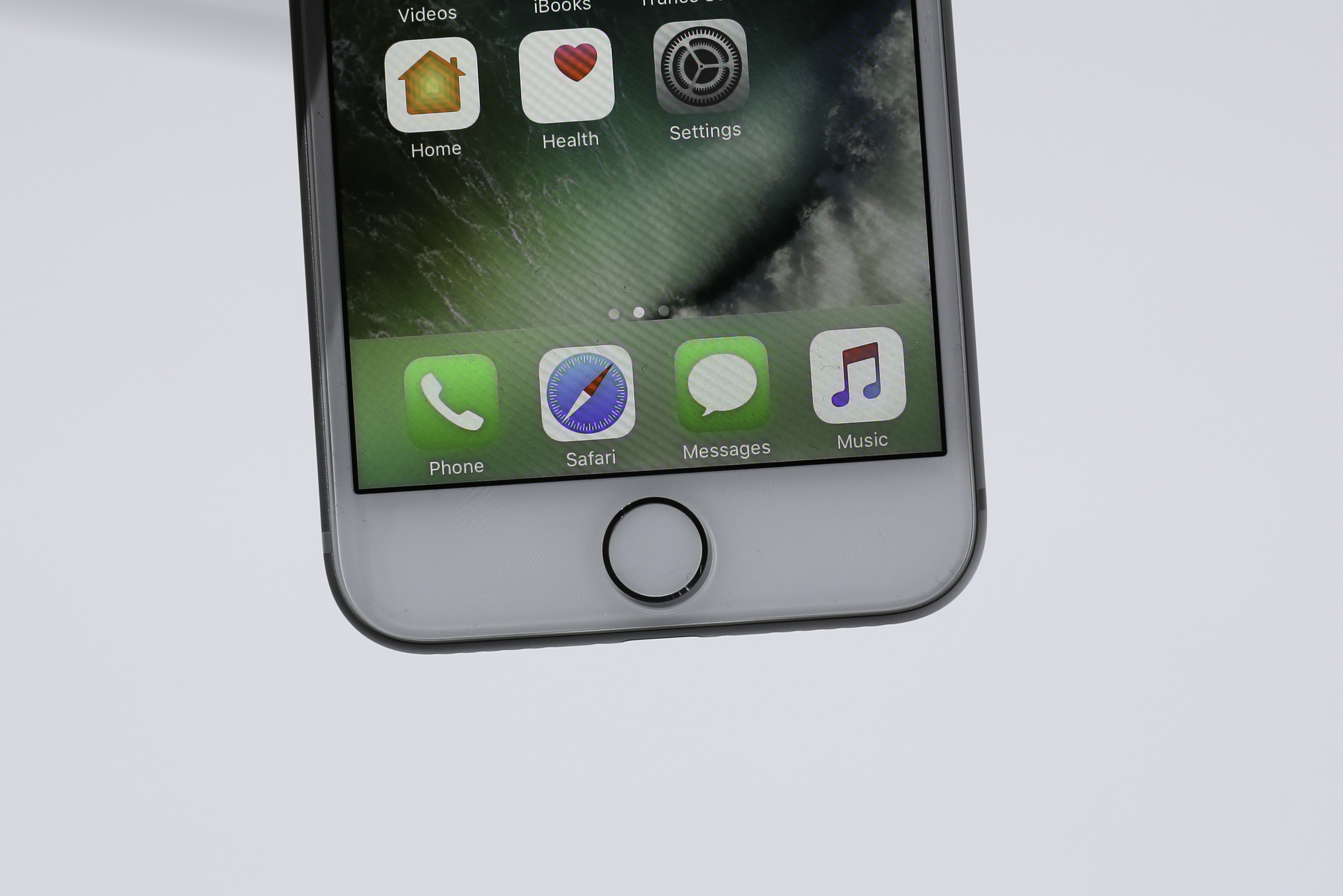 Taptic Home button