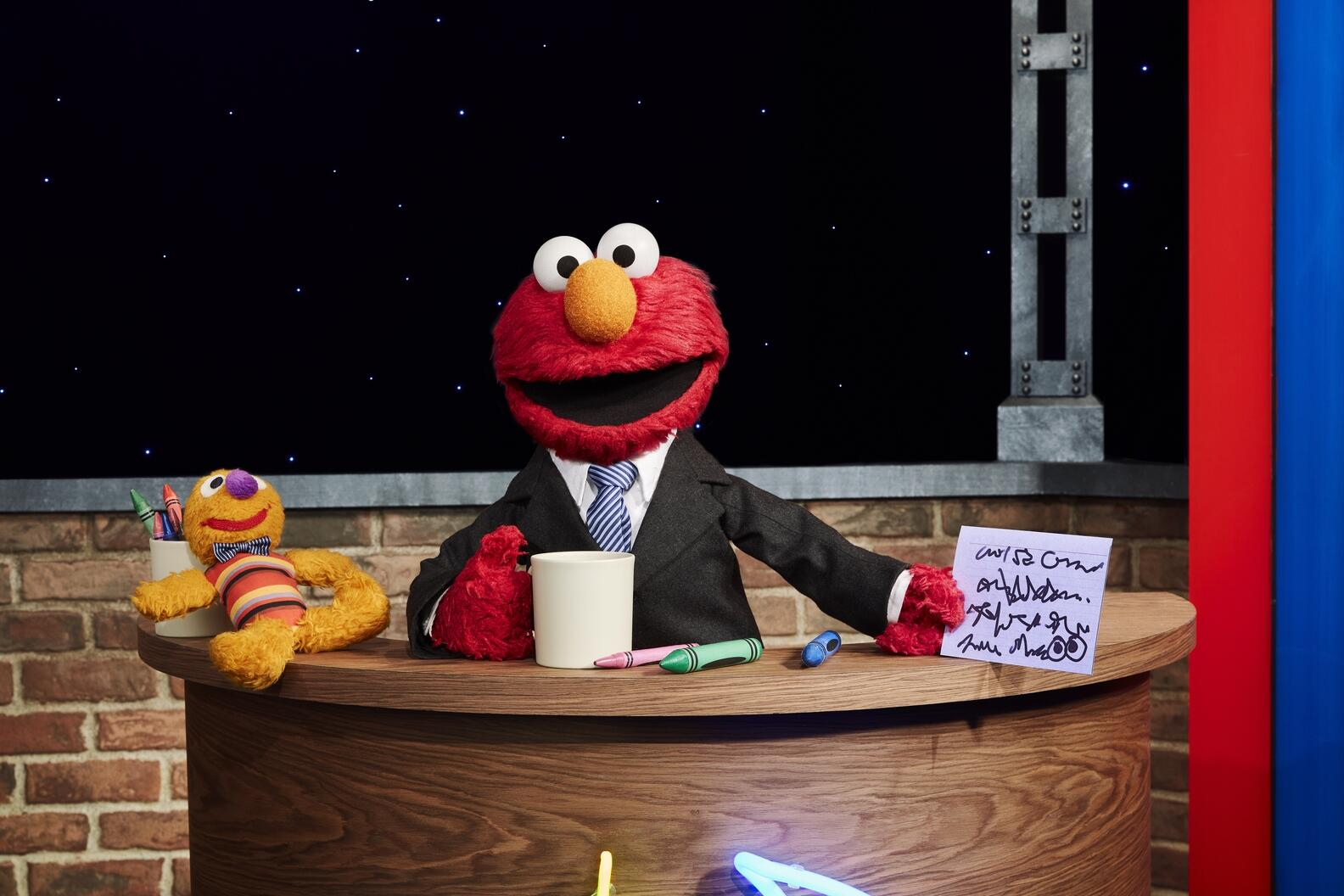 the-not-too-late-show-with-elmo-22