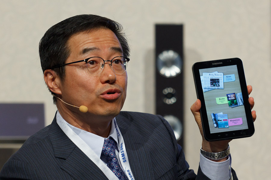 DJ Lee, head of Samsung Mobile global sales and marketing, shows the e-reader application in the Galaxy Tab at the IFA trade show in Berlin.