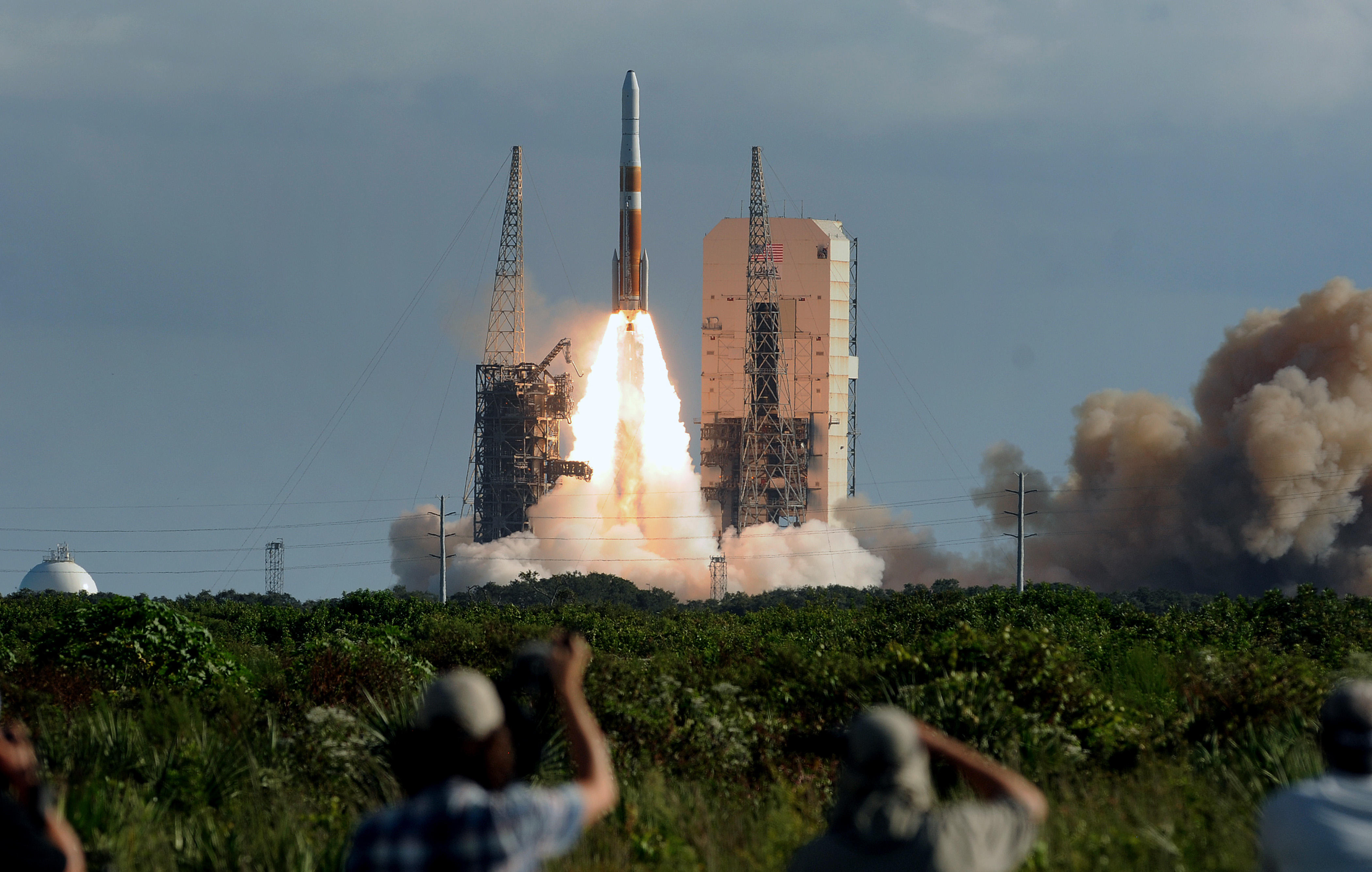 A United Launch Alliance Delta IV rocket in space at complex