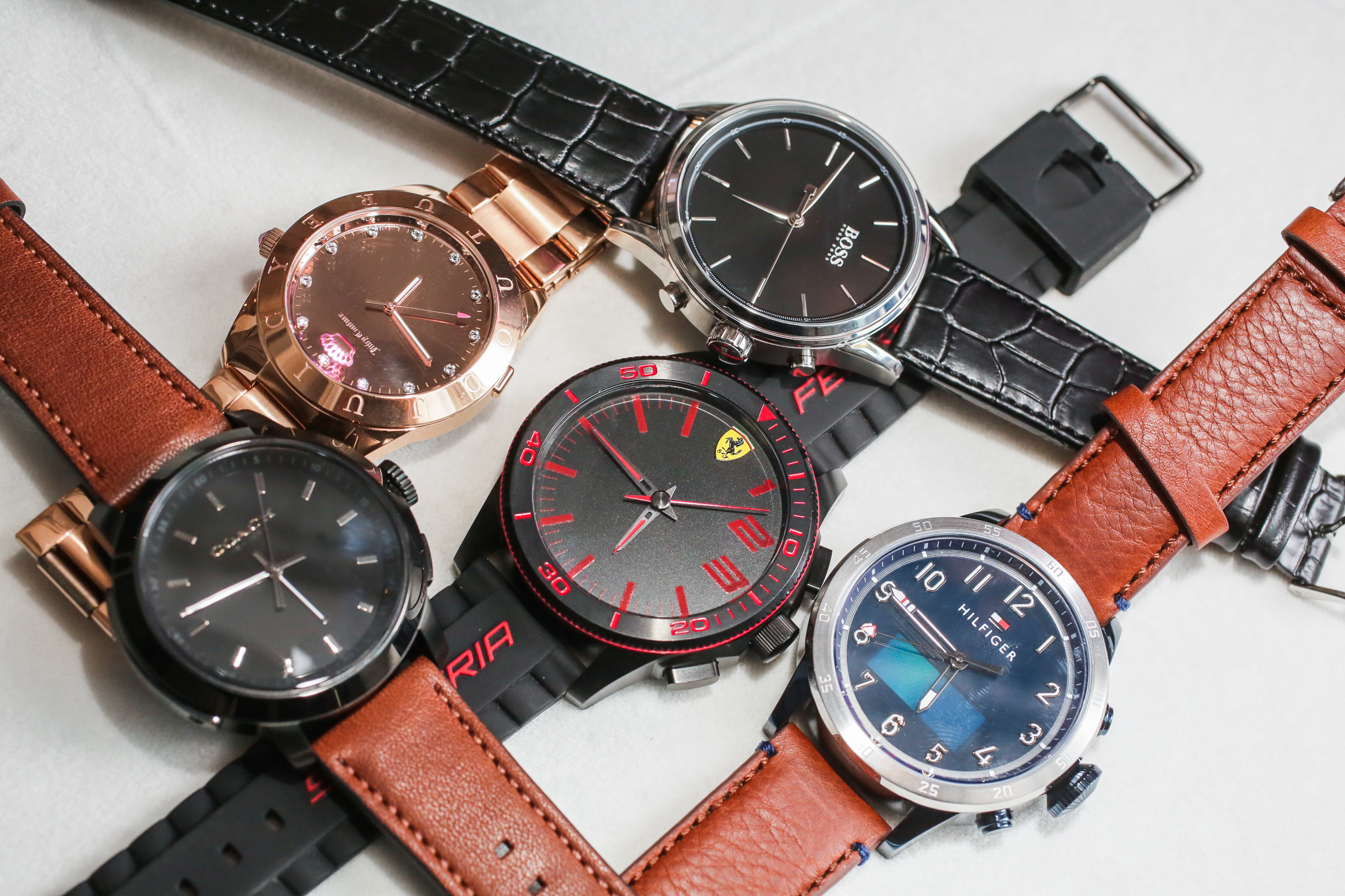hp-watches-02.jpg