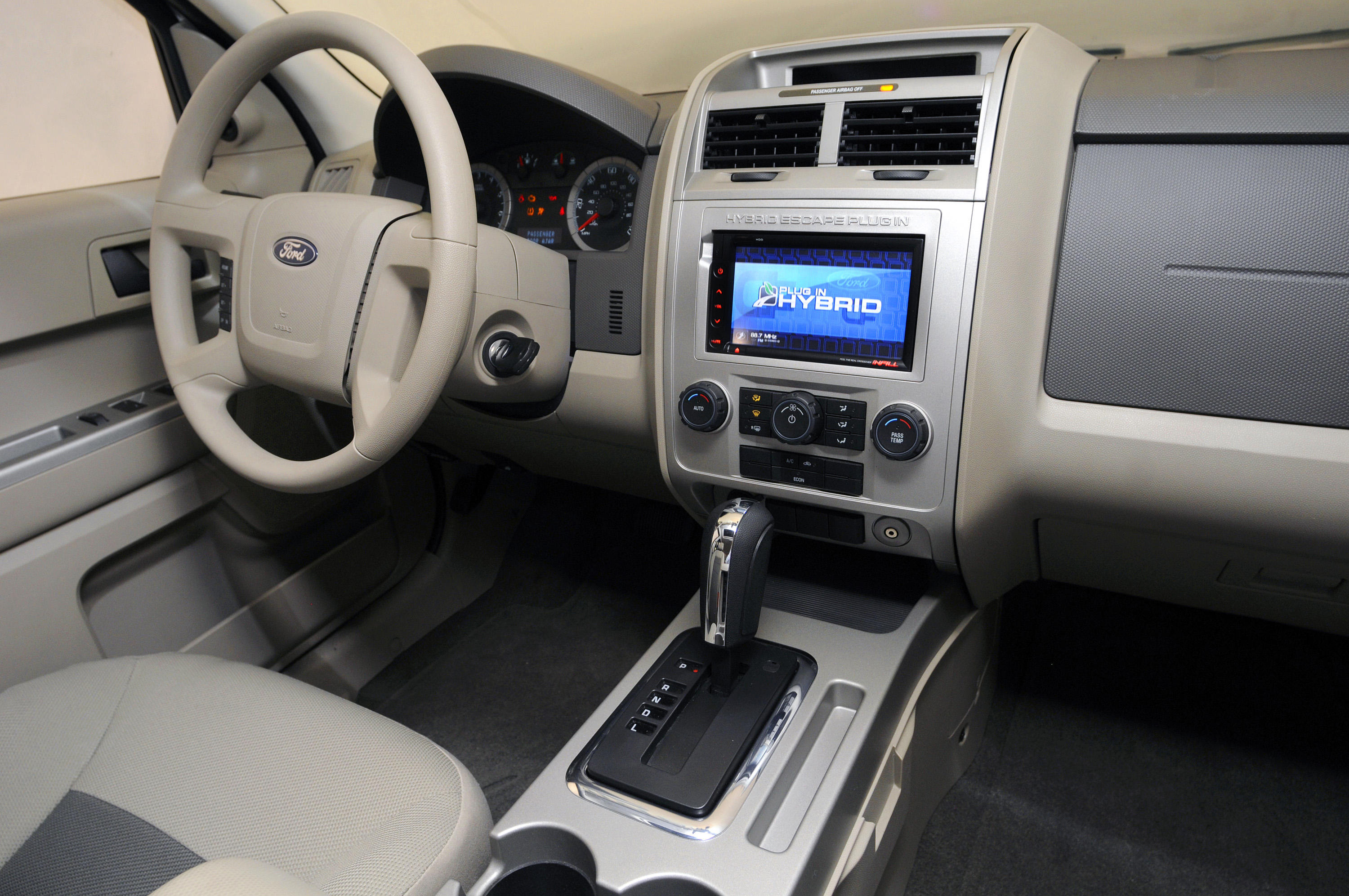 2008-ford-escape-plug-in-hybrid-interior-1