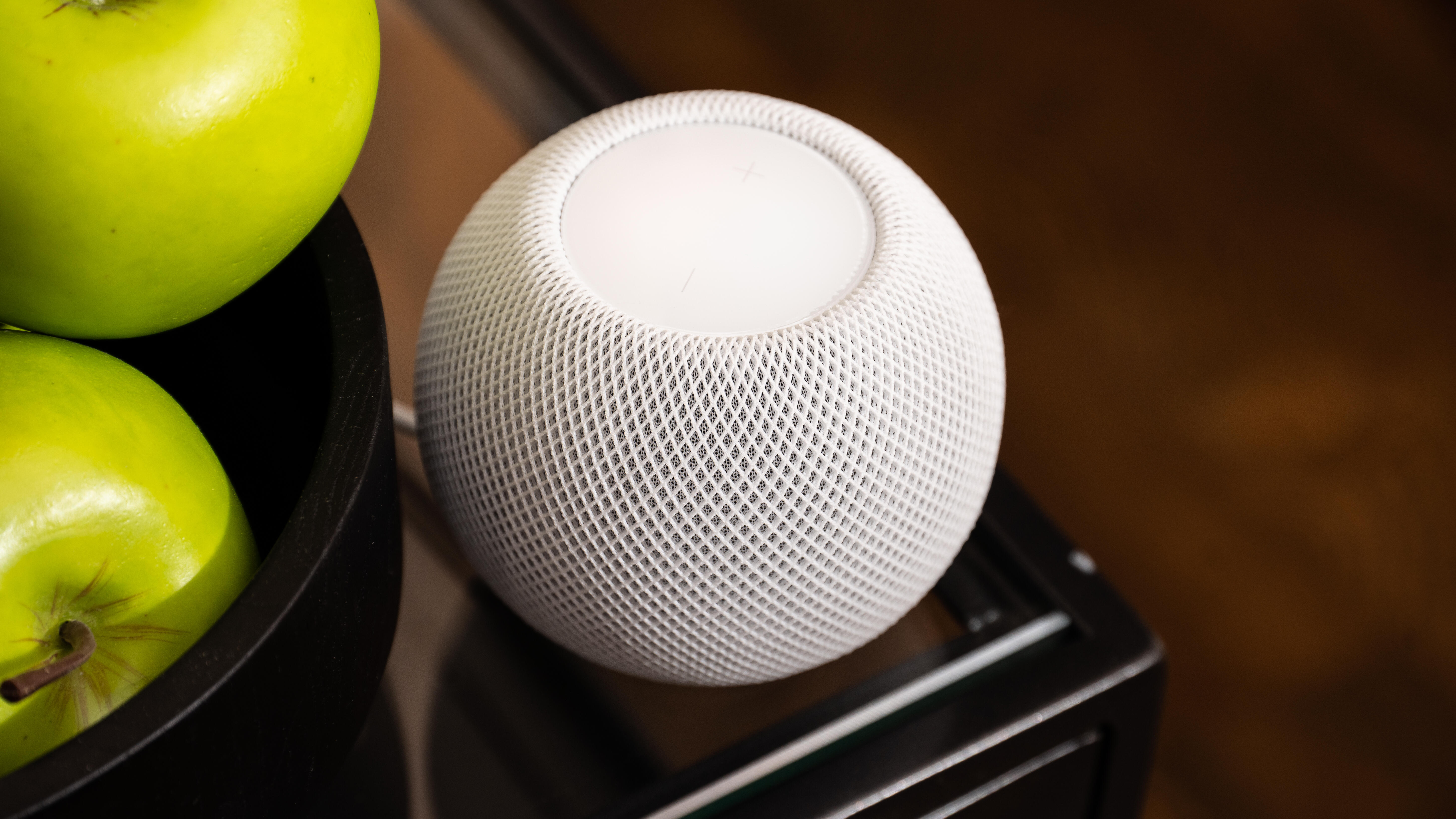 apple-homepod-mini-2