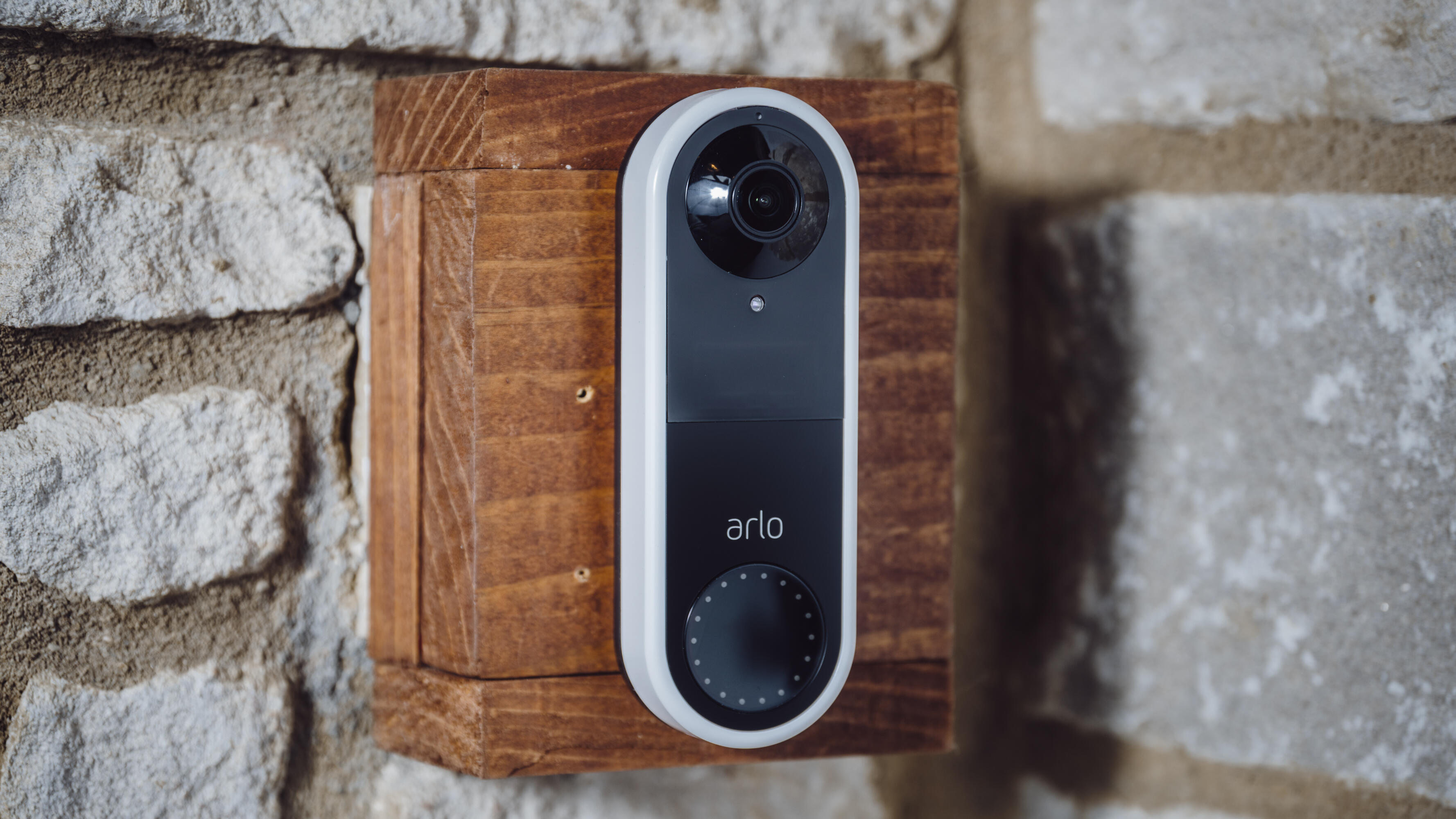 arlo-video-doorbell-product-photos-1