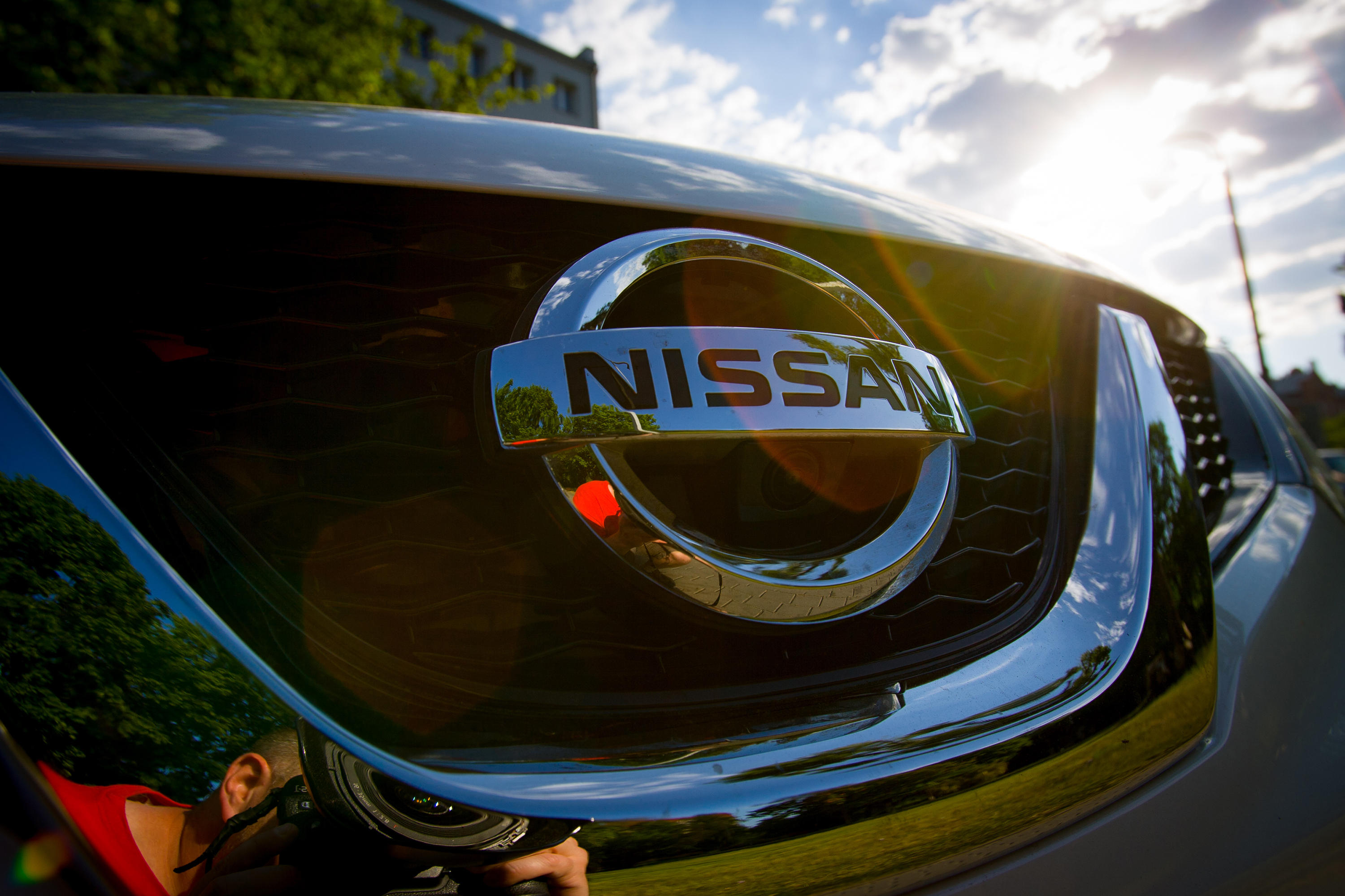 Nissan replaces top positions at rival Mitsubishi