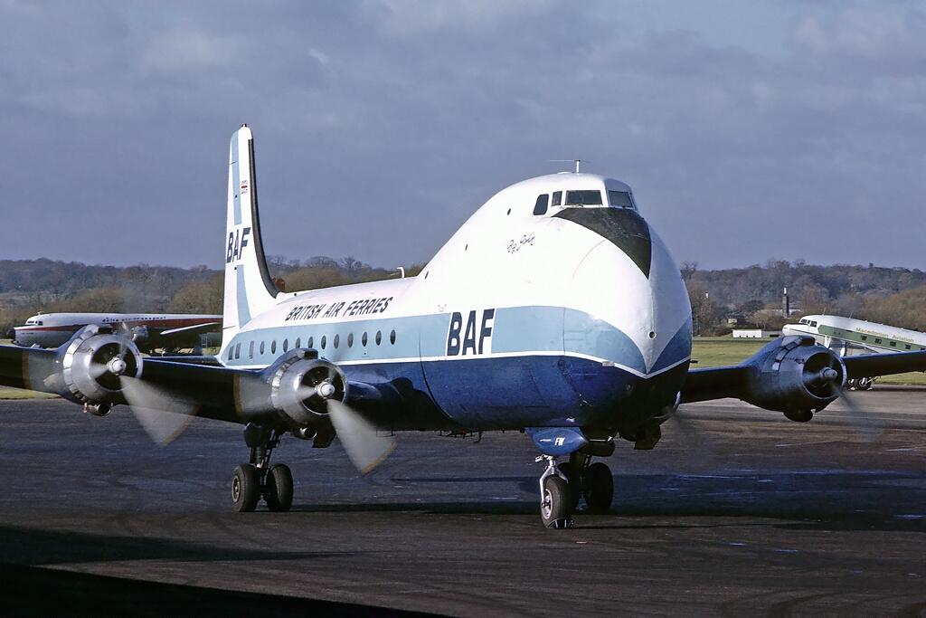 aviation-traders-carvair
