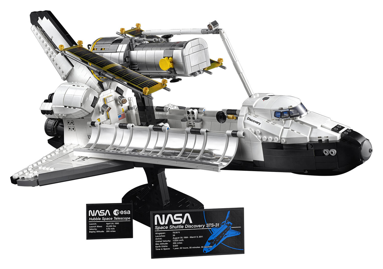 Lego model of the space shuttle Discovery and the Hubble Space Telescope