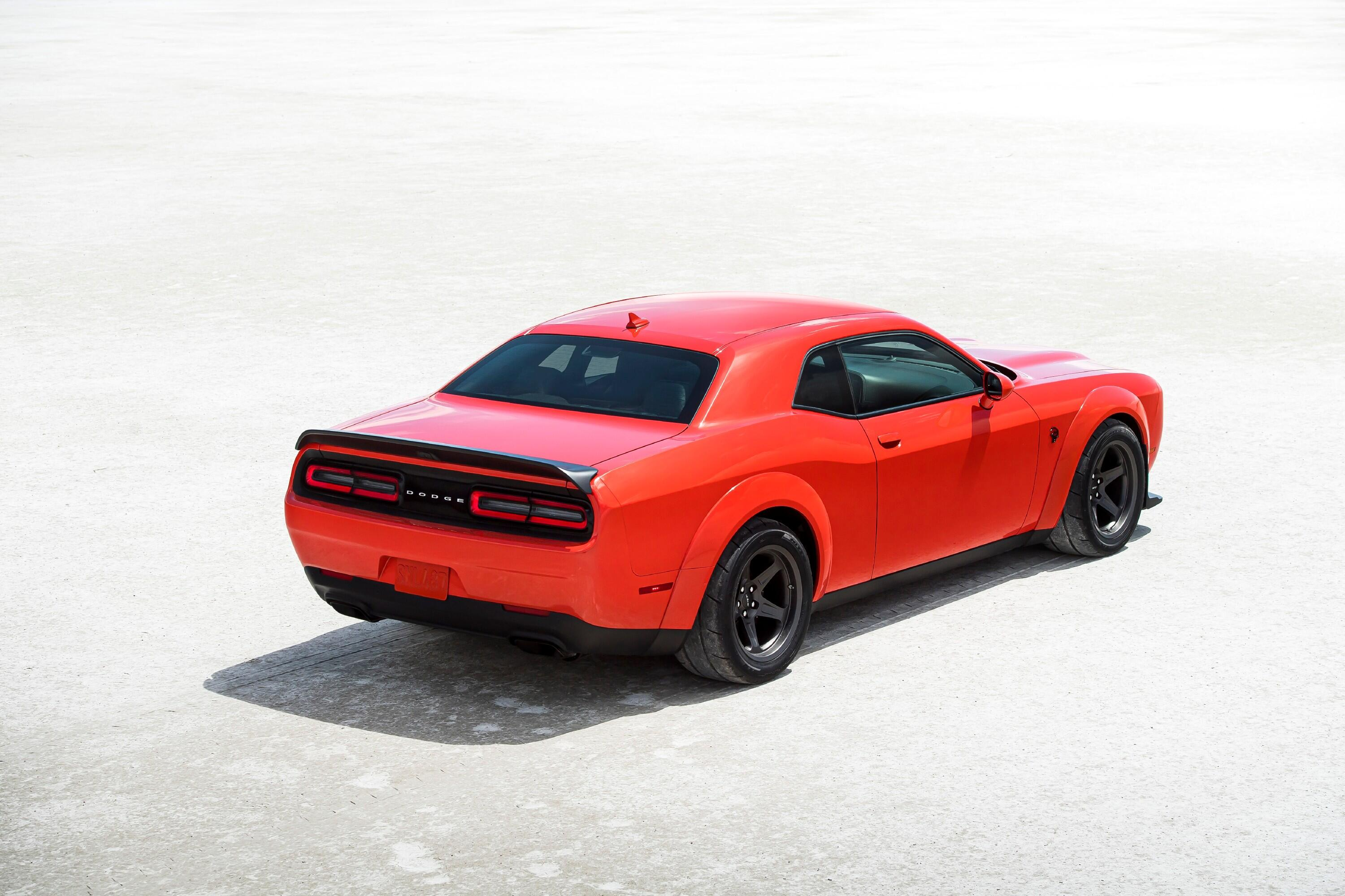 2021-dodge-challenger-srt-superstock-009