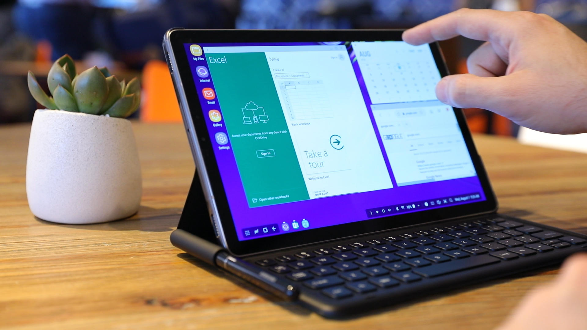 Video: Samsung's Galaxy Tab S4 is an Android tablet that wants to be a laptop