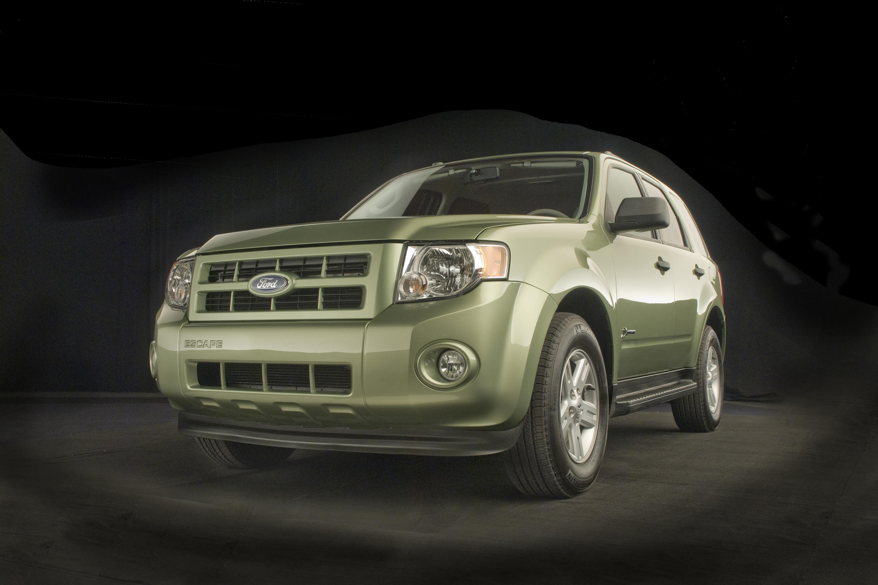 2008-ford-escape-hybrid-exterior-6