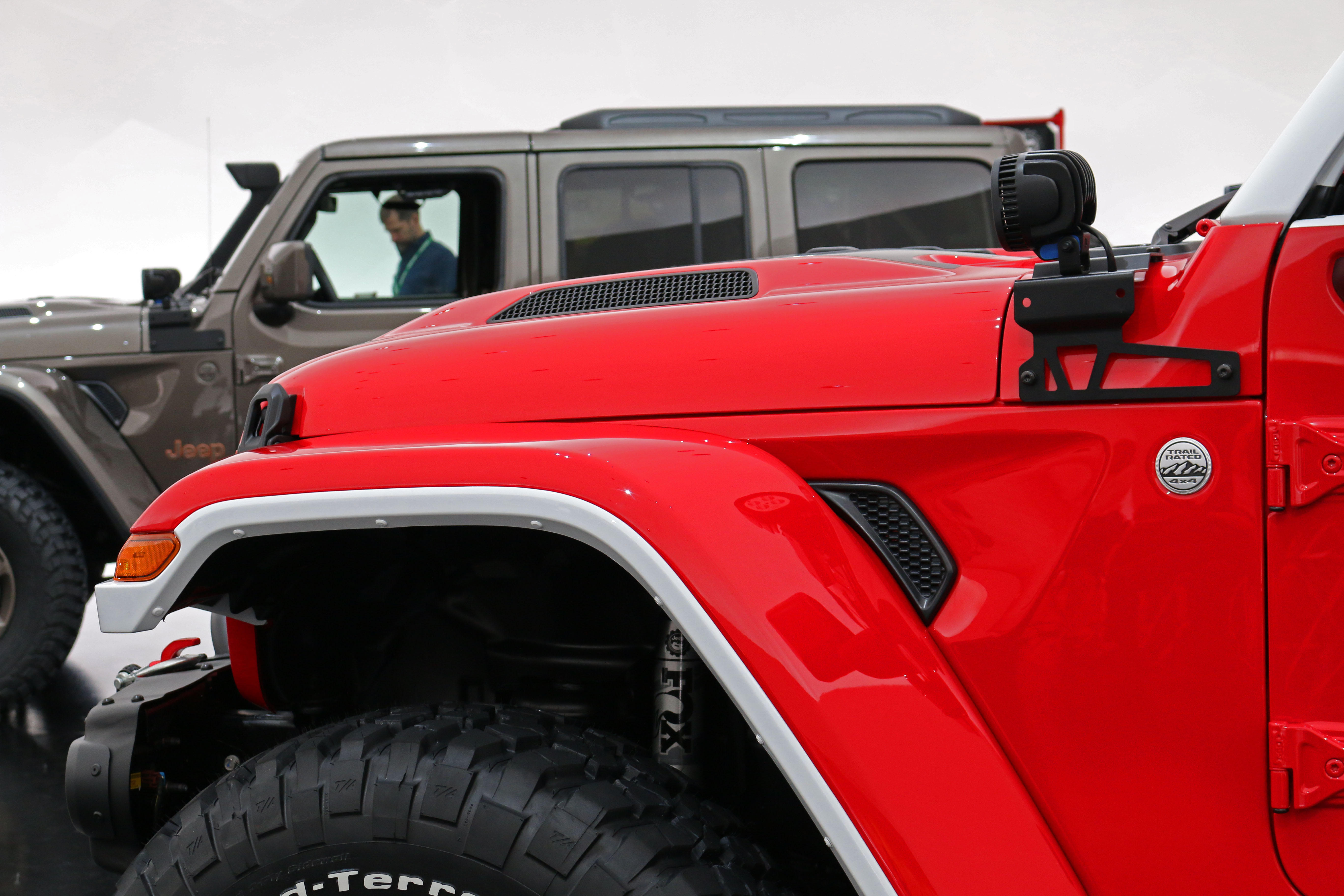 jeep-jeepster-concept-34