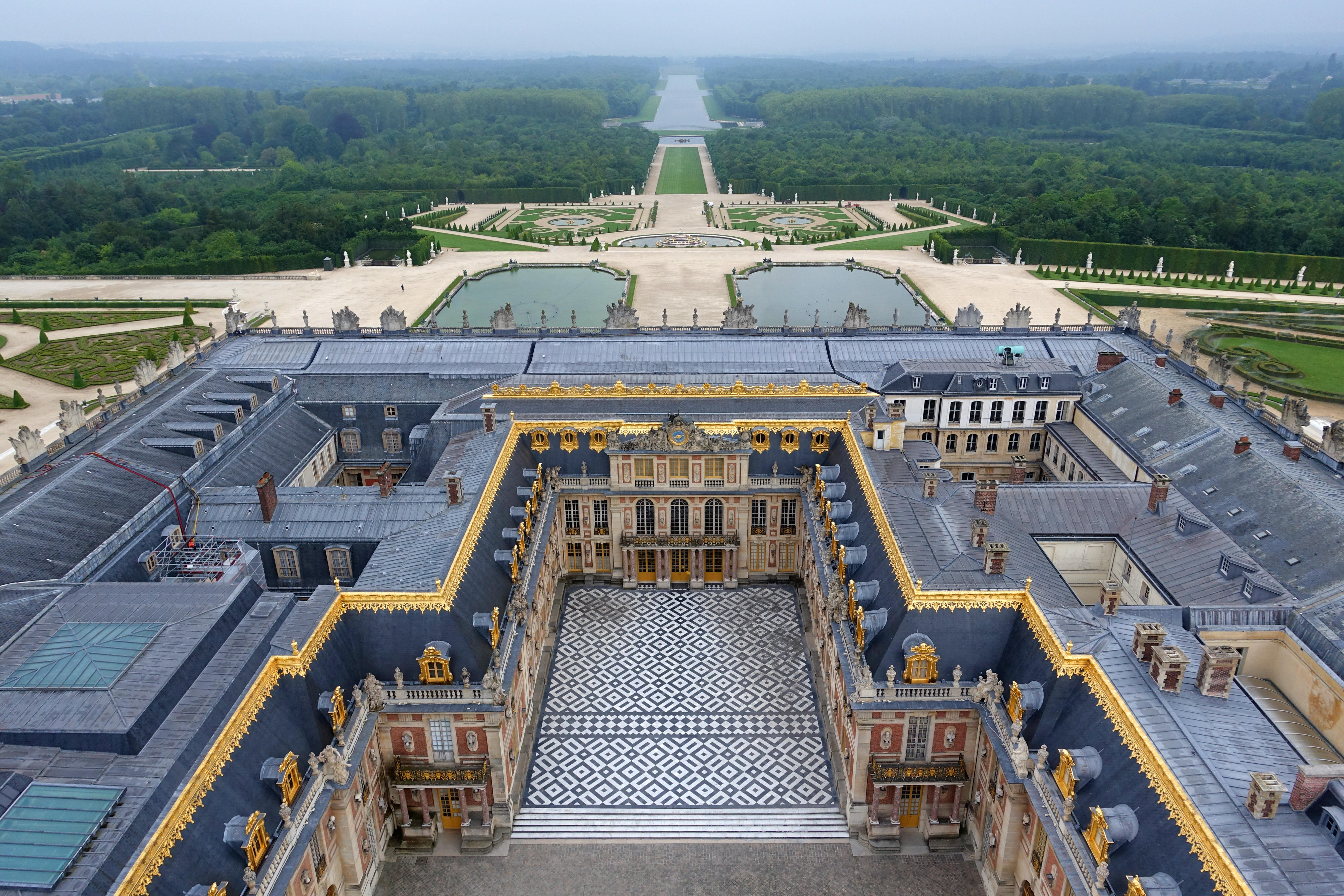 See the palace from above