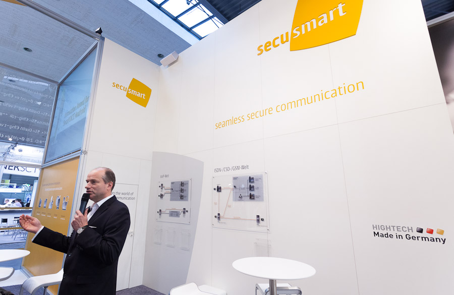 Hans-Christoph Quelle, a managing director at Secusmart, explains his company's encryption technology for smartphones.