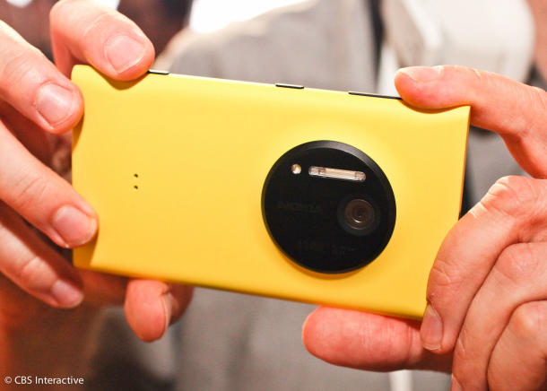 Nokia Lumia 1020 pushes pictures further