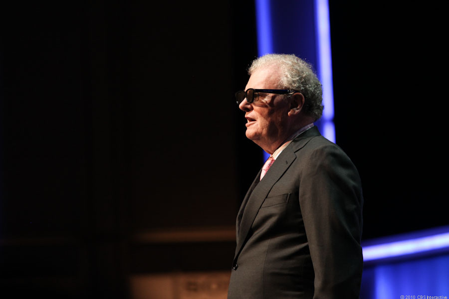 Sony Chairman and CEO Howard Stringer makes his pitch for active-shutter 3D TVs at CES 2011.