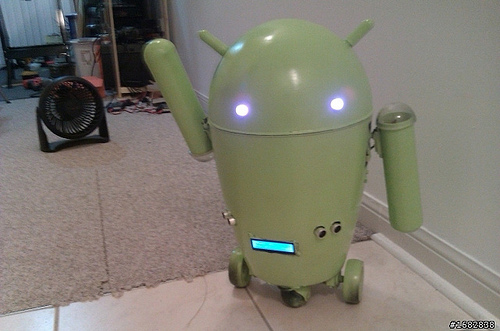 Trash can Android robot