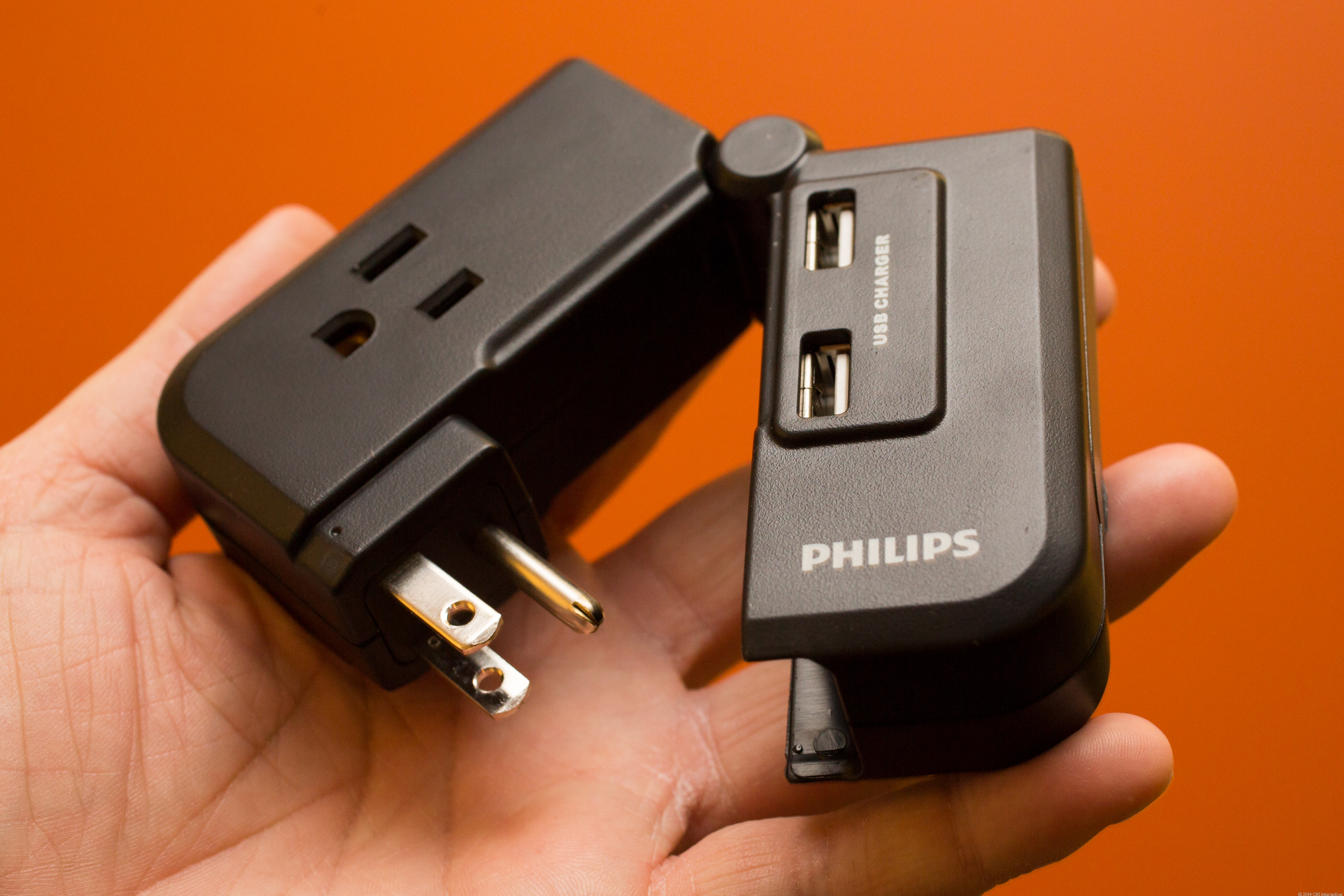 Philips SPS2150WA travel charger