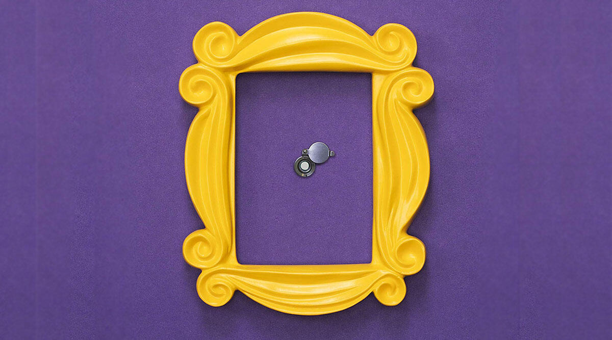 A famous frame for your peephole