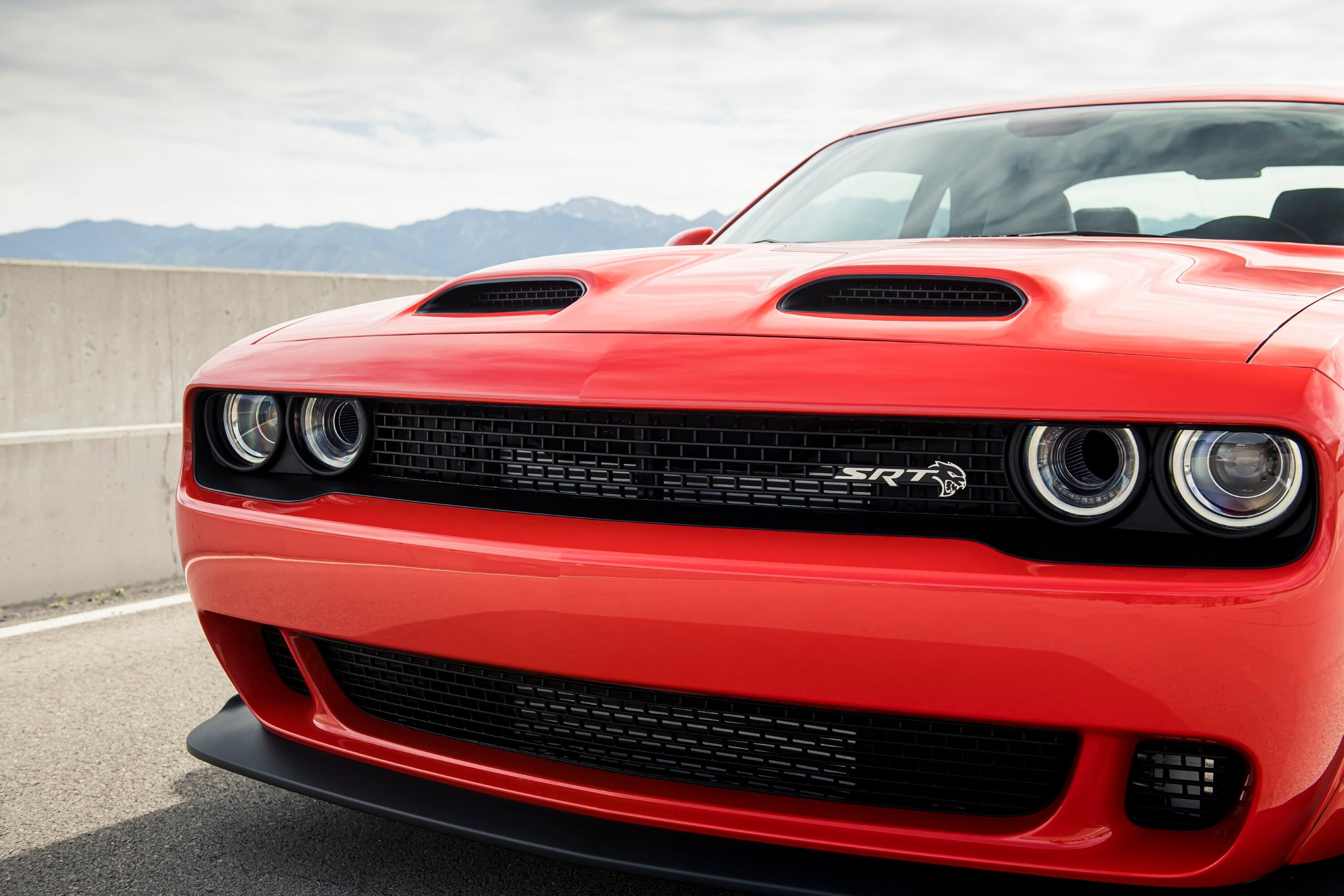 2021-dodge-challenger-srt-superstock-016