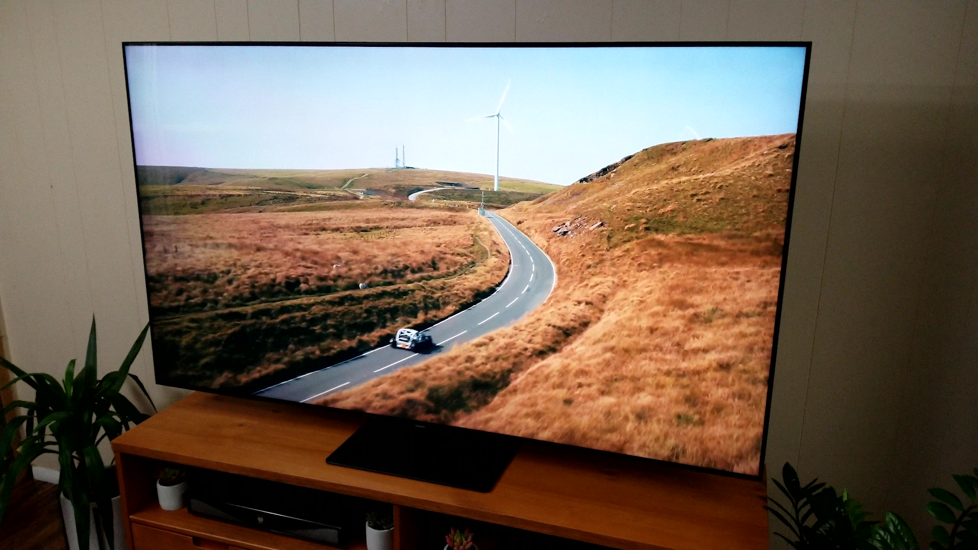 Video: Samsung Q80T QLED TV review: Aiming for the price-picture sweet spot