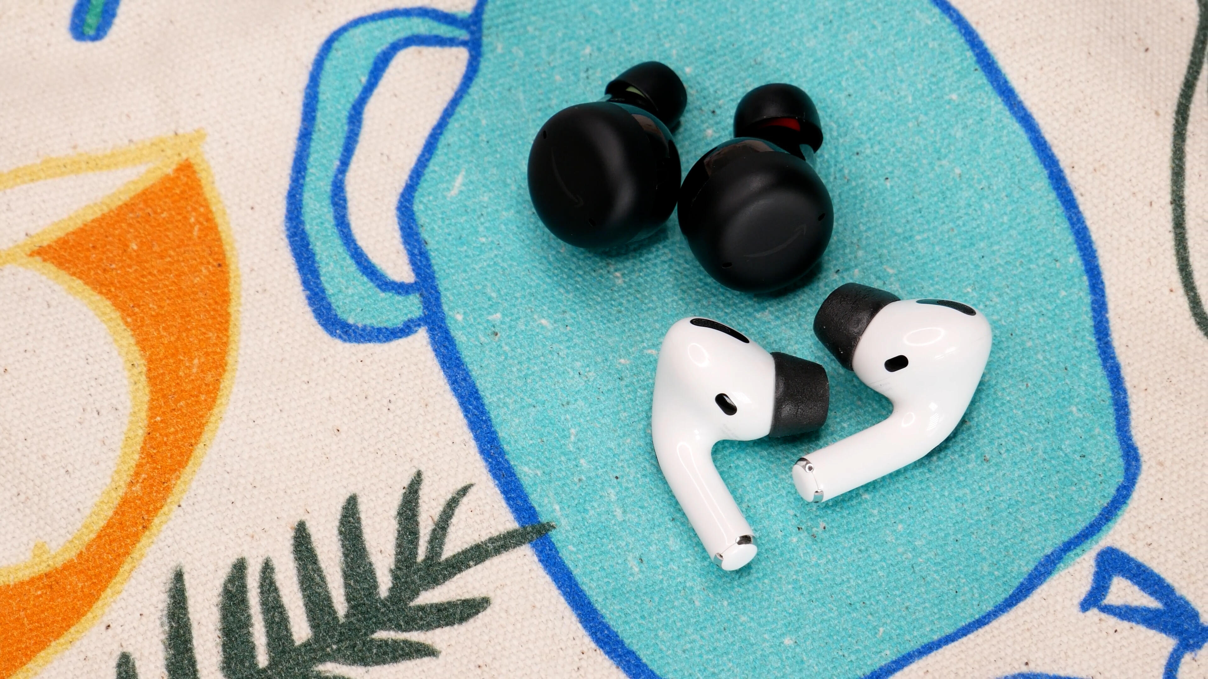 Video: Comparing Apple AirPods Pro to Amazon Echo Buds 2