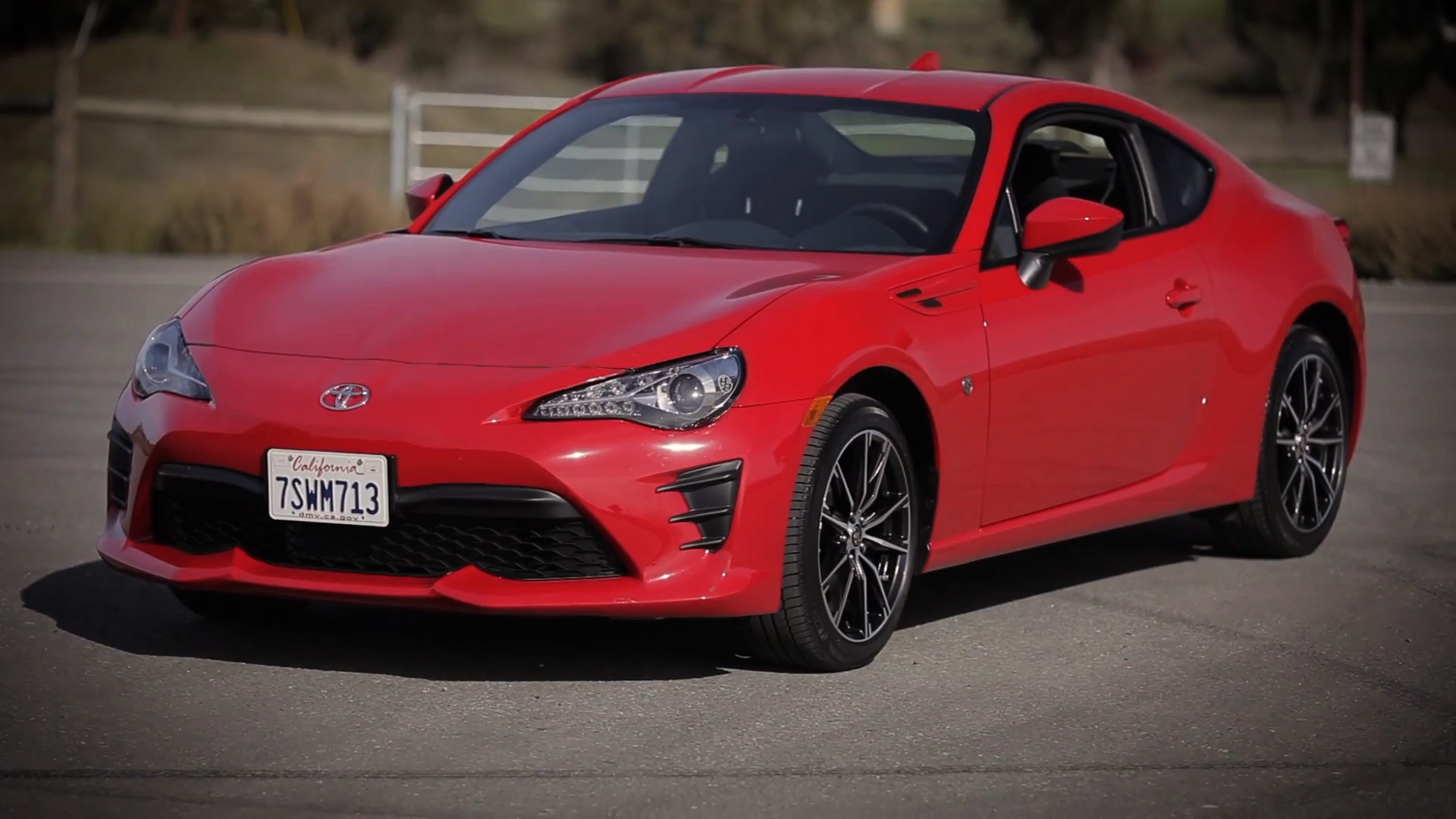 Video: On the road: 2017 Toyota 86