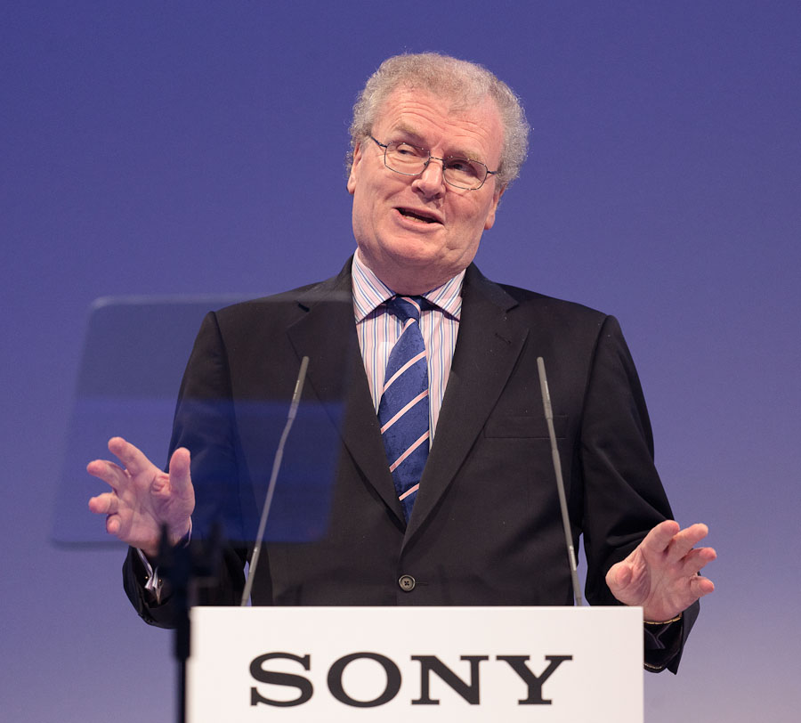 Sony CEO Howard Stringer took a defiant tone at a press conference at IFA.