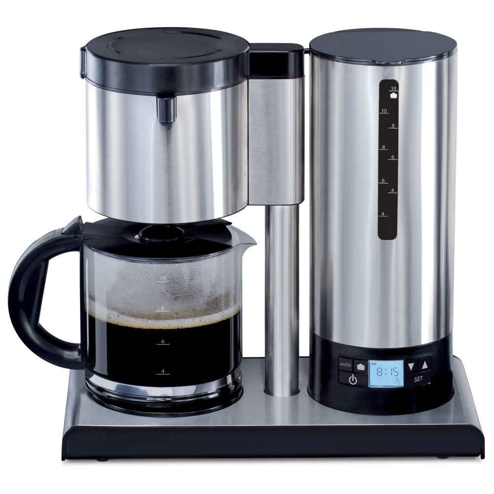 The Bitterness Eliminating Coffee Maker holds water in a reservoir until it reaches a specific temperature.